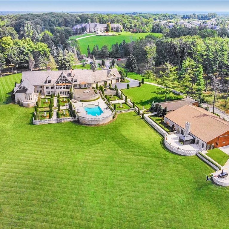 MI Dream Home: French country manor has own helipad