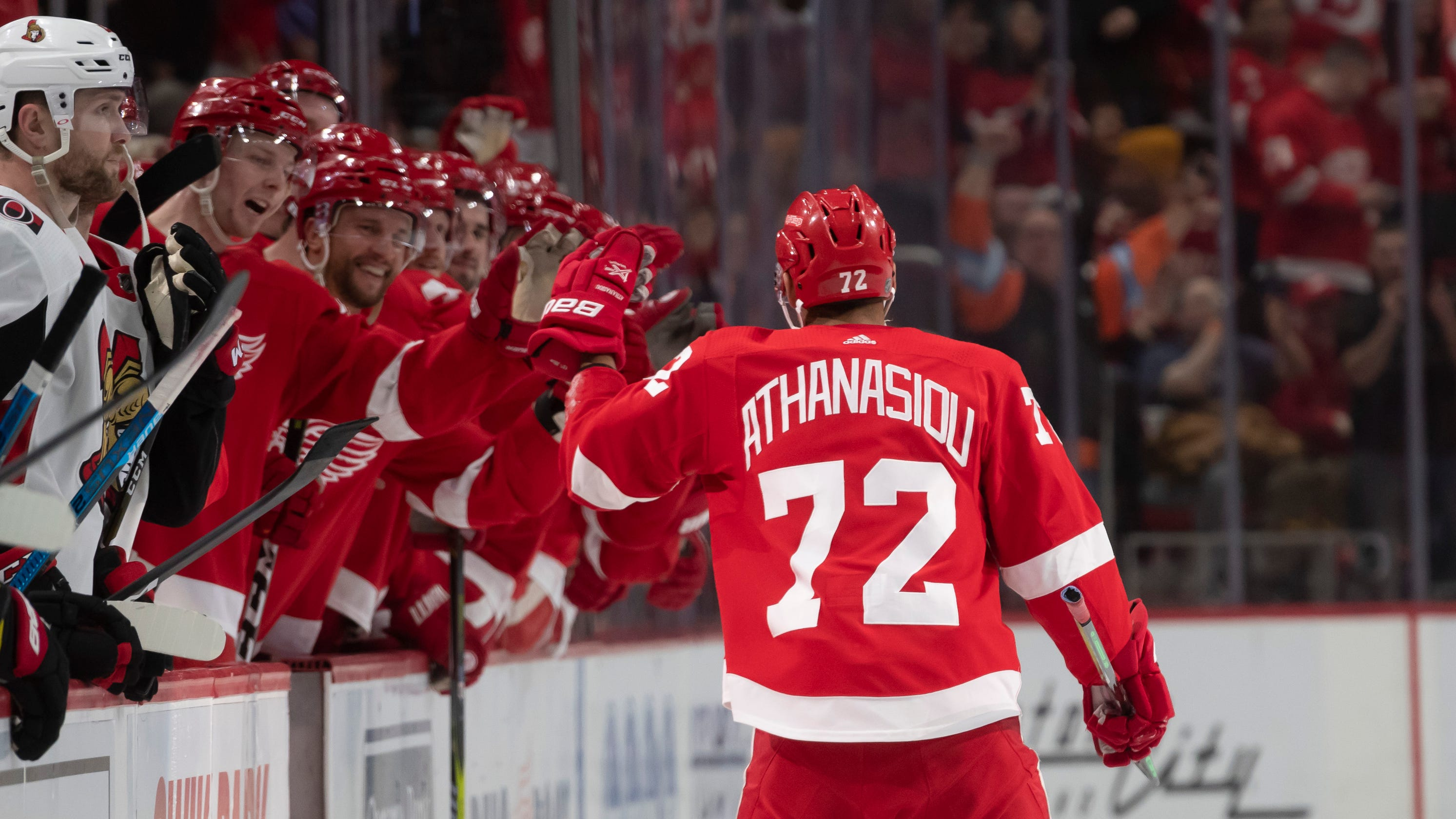 53fb69823 Andreas Athanasiou gives Jimmy Howard a win in game No. 500 for ...