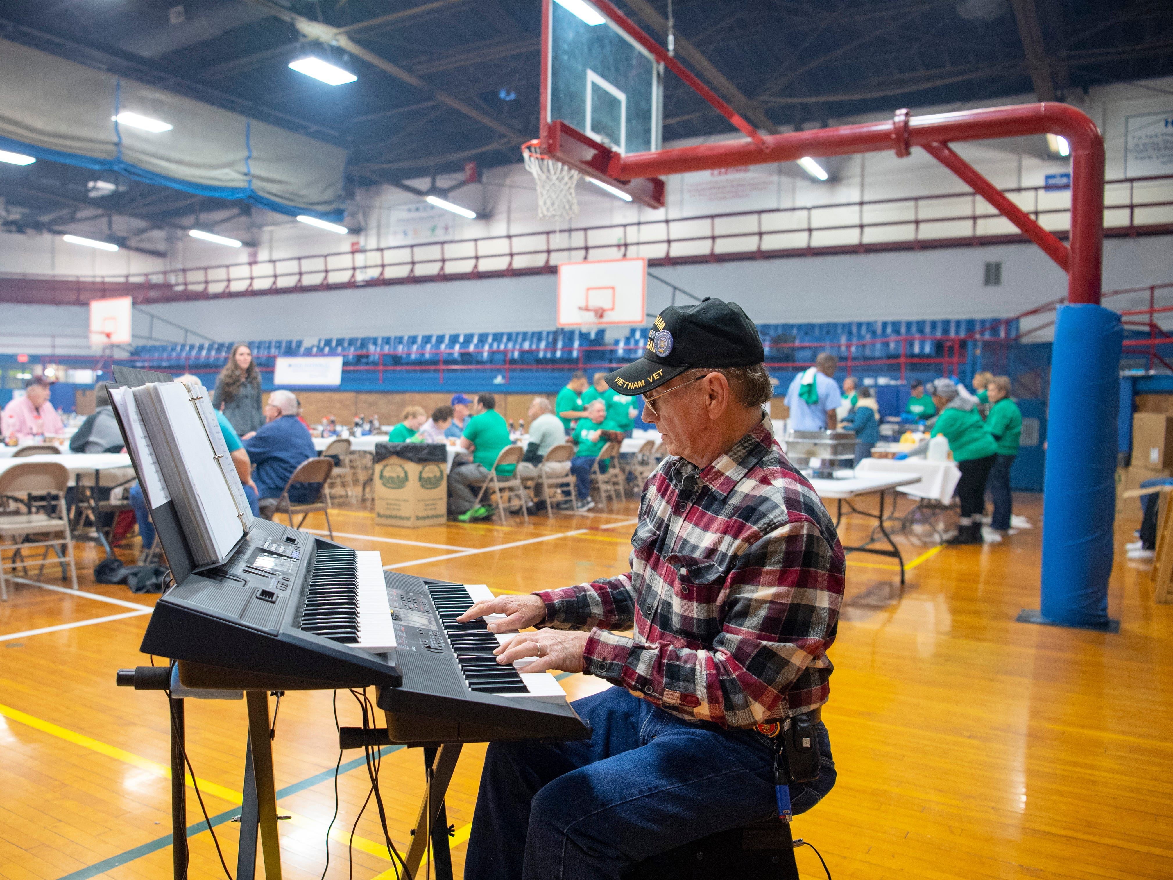 """Gary Coffman of Evansville has been entertaining YMCA visitors since the 1960s when he played an old Hammond organ. Coffman played hits like """"The Girl from Ipanema"""" and """"Somewhere Over the Rainbow."""""""