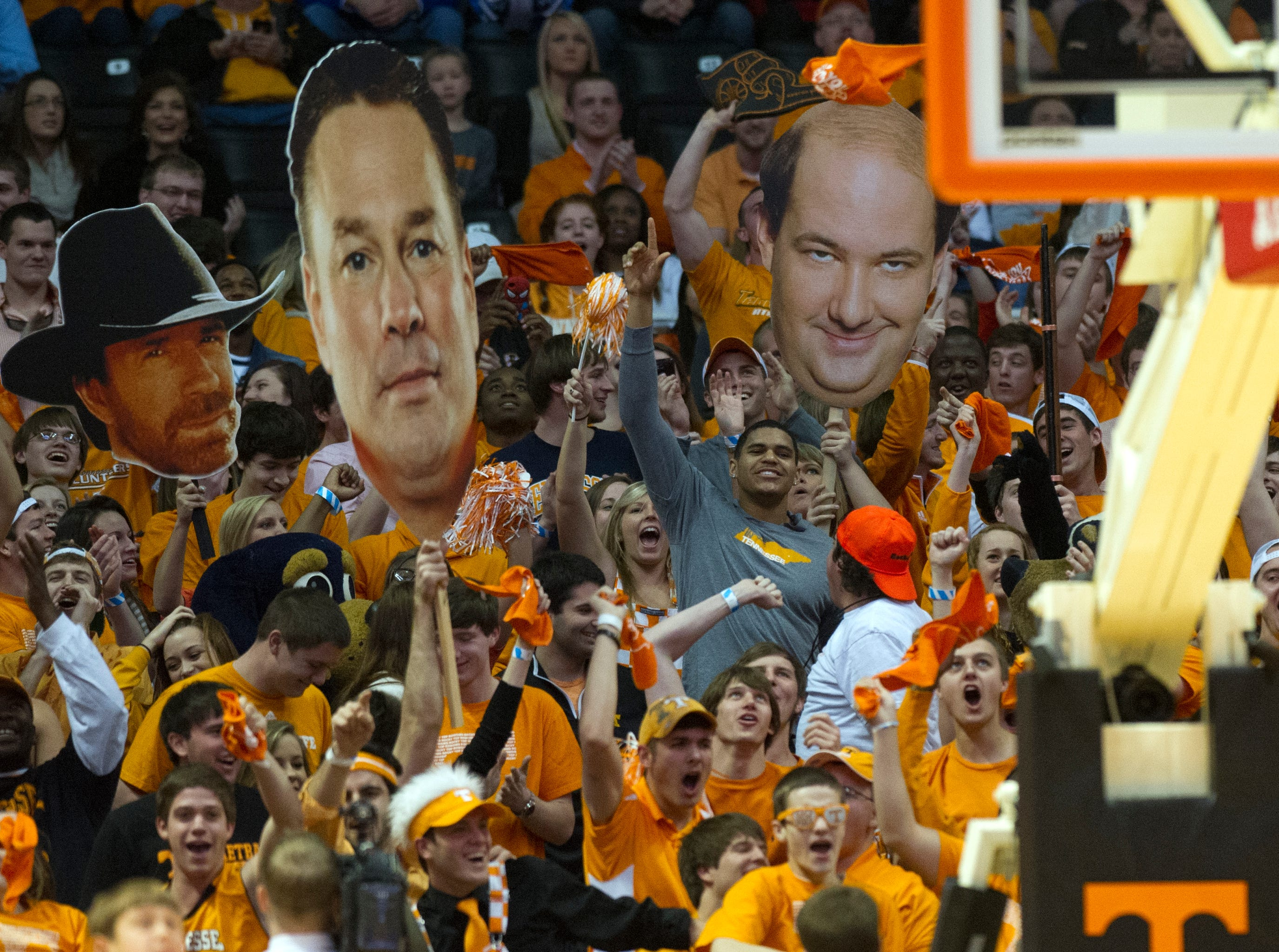 "Former Tennessee basketball standout Tobias Harris, center, leads the student section in the ""Harlem Shake"" during the first half of the game against Kentucky at Thompson-Boling Arena Saturday, Feb. 16, 2013."
