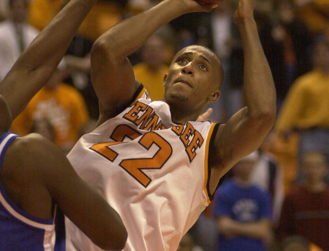 Tennessee's Vincent Yarbrough pulls the Vols within two points against Kentucky in February 2001.