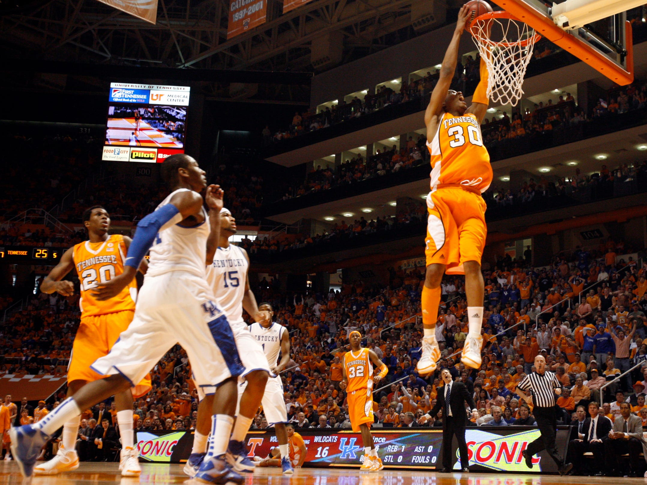 Tennessee guard J.P. Prince goes in for a dunk during the game against Kentucky at Thompson-Boling Arena Saturday, Feb. 27, 2010.  Prince led the Vols with 20 points to defeat the Wildcats 74-65.