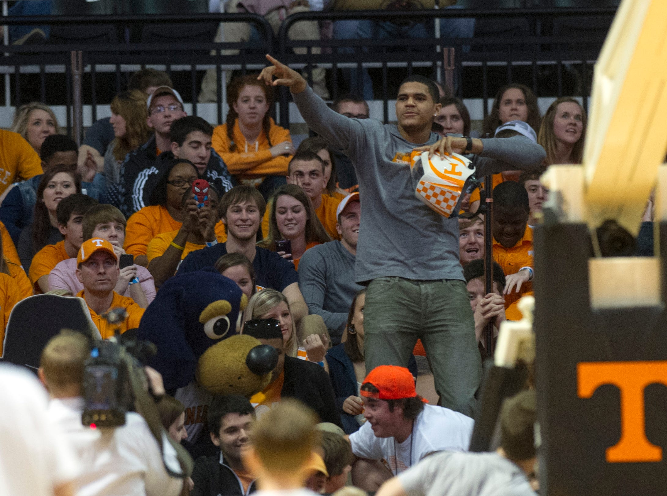 "Former Tennessee basketball standout Tobias Harris leads the student section in the ""Harlem Shake"" during the first half of the game against Kentucky at Thompson-Boling Arena Saturday, Feb. 16, 2013."