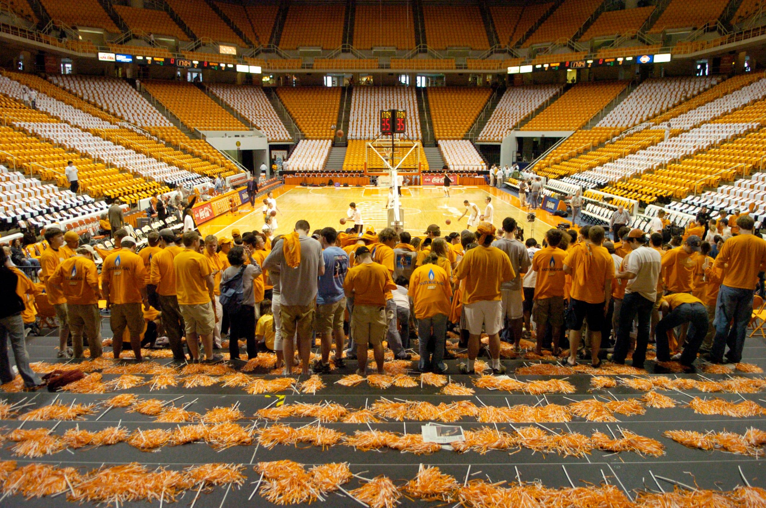 UT Vols basketball vs  Kentucky through the years