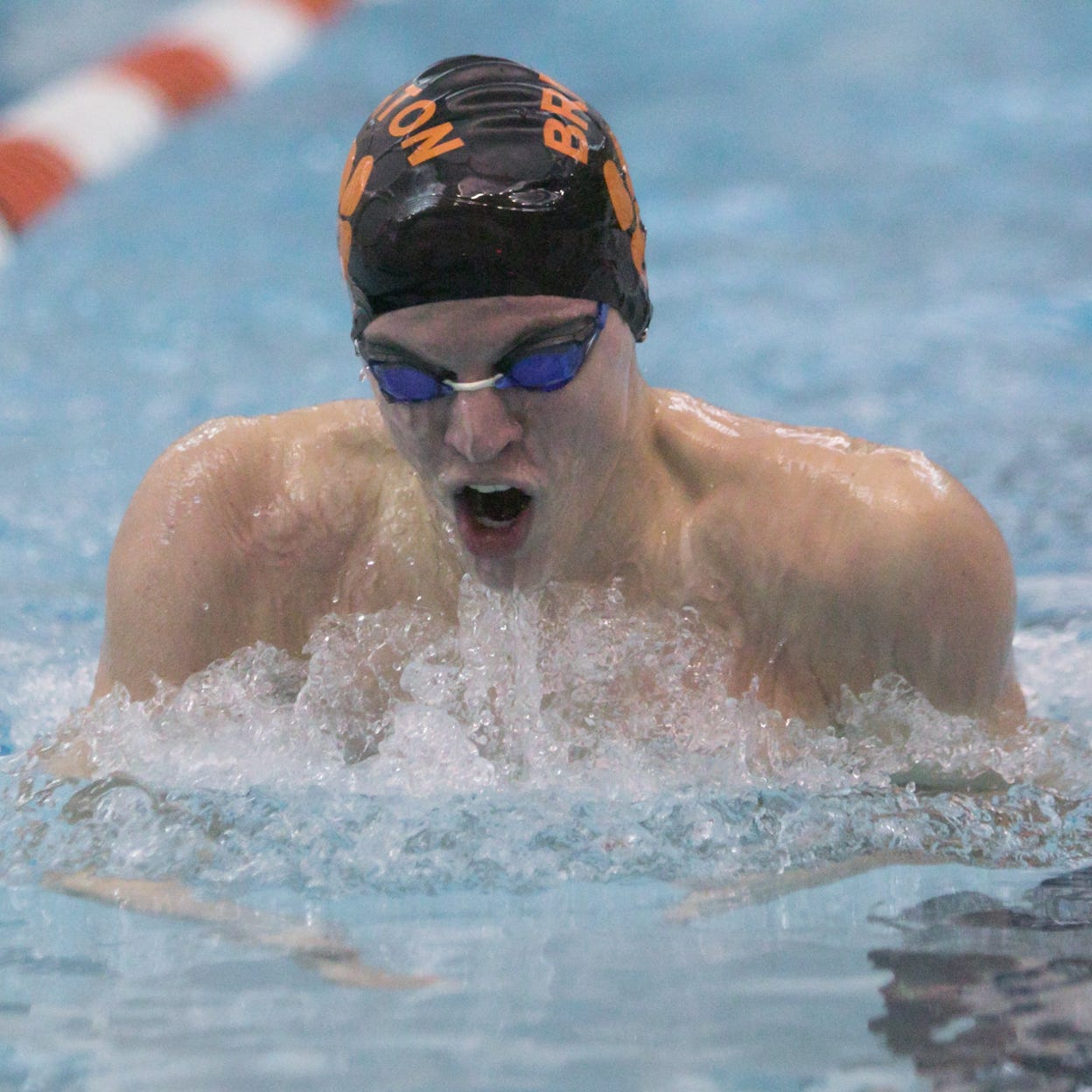 3 all-time greats shine as Brighton swims past Howell