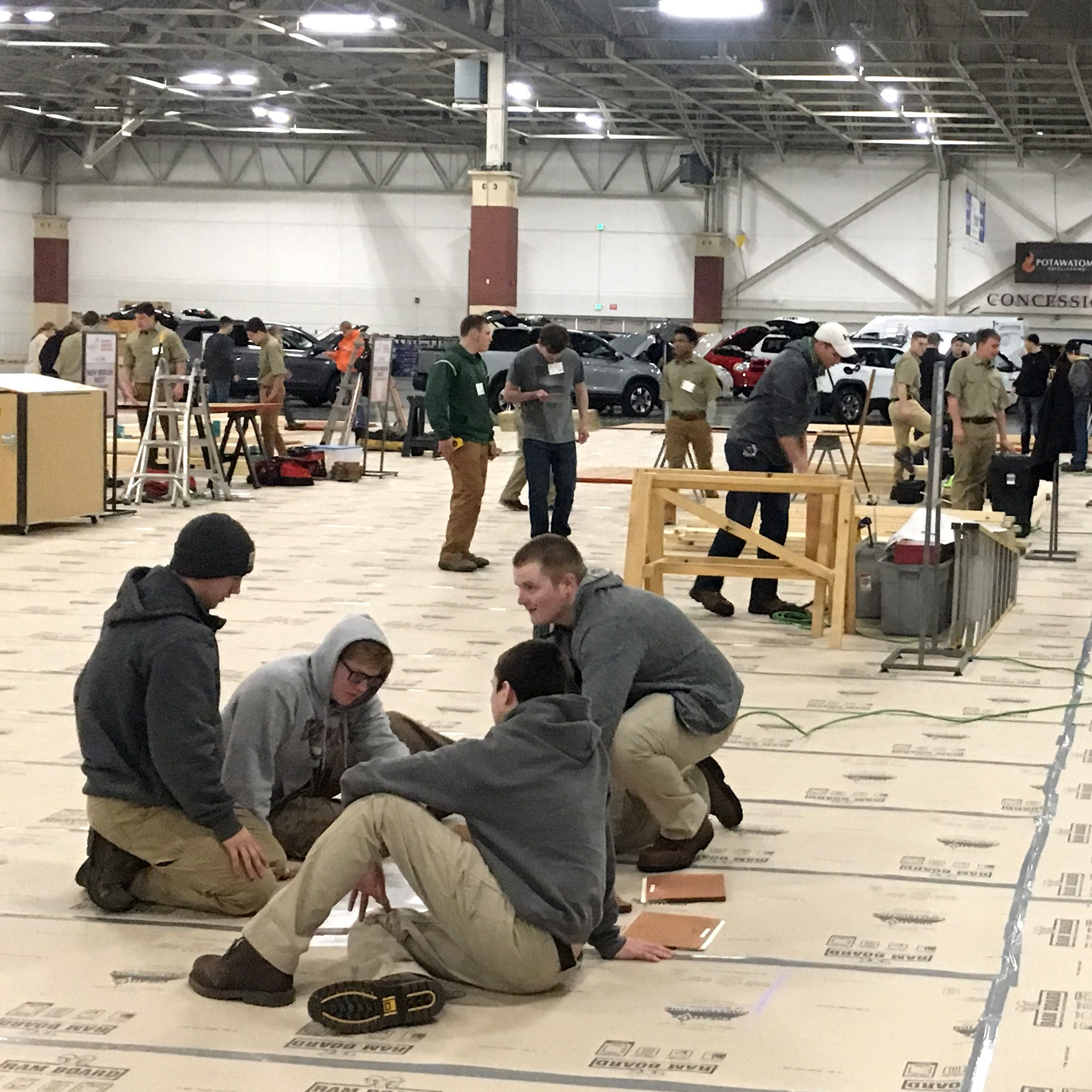 Wisconsin students put their construction skills to work in a homebuilding competition at the NARI show