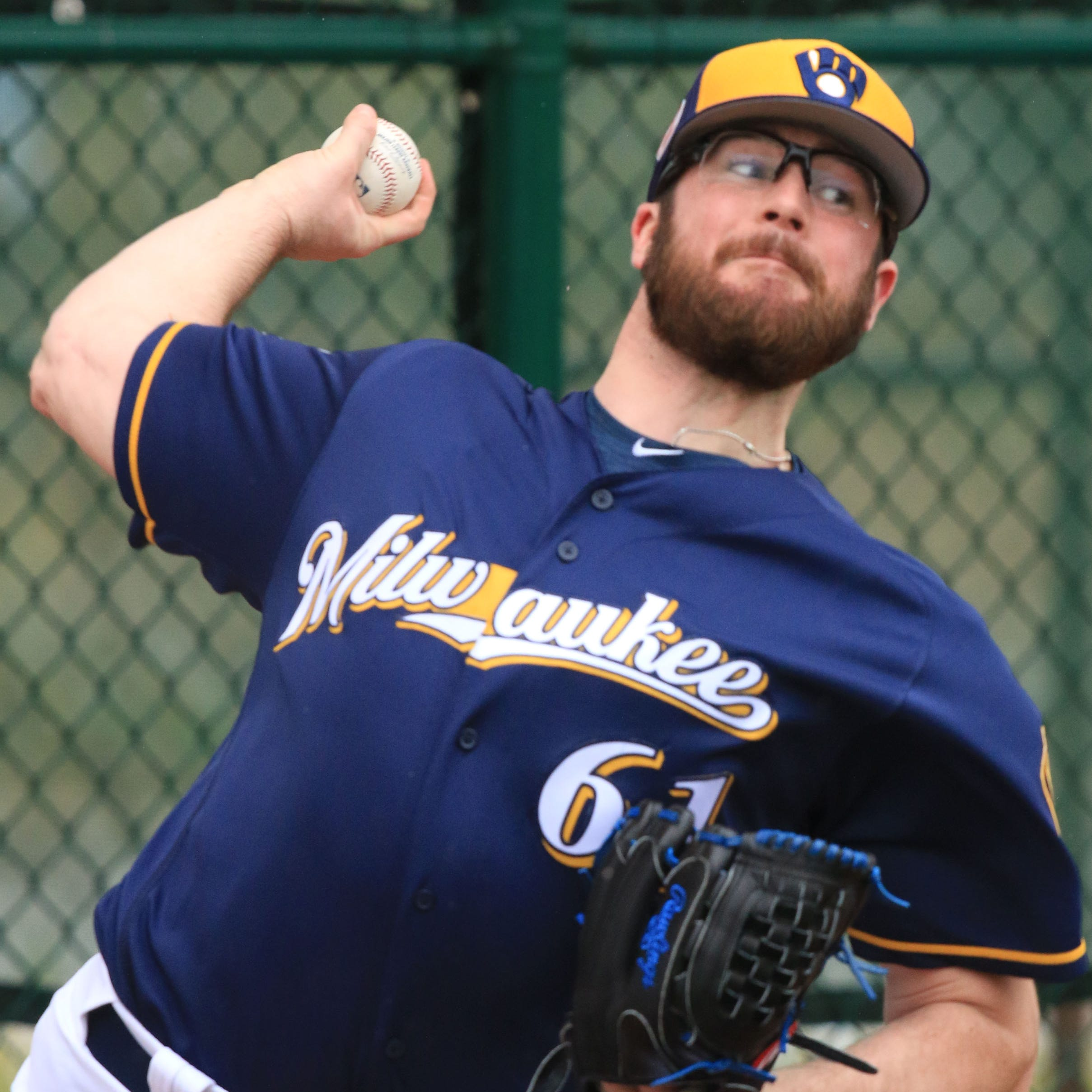 Brewers lose reliever Bobby Wahl, likely for the season, with rare torn ACL in right knee
