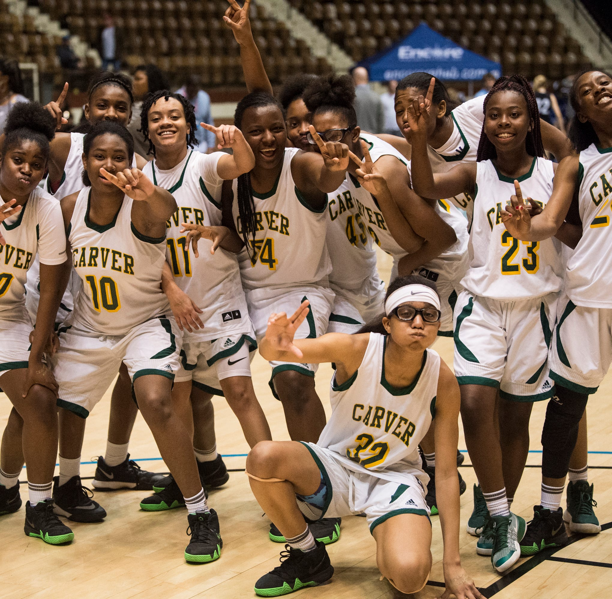 Strike a pose: Carver rolls into regional final