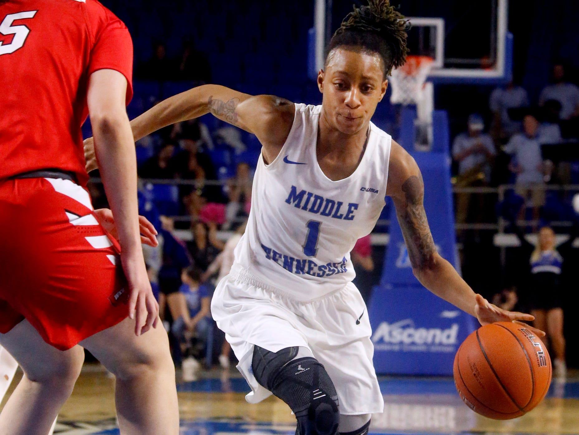MTSU's guard A'Queen Hayes (1) drives to the basket during the game against Western on Thursday, Feb. 14, 2019.