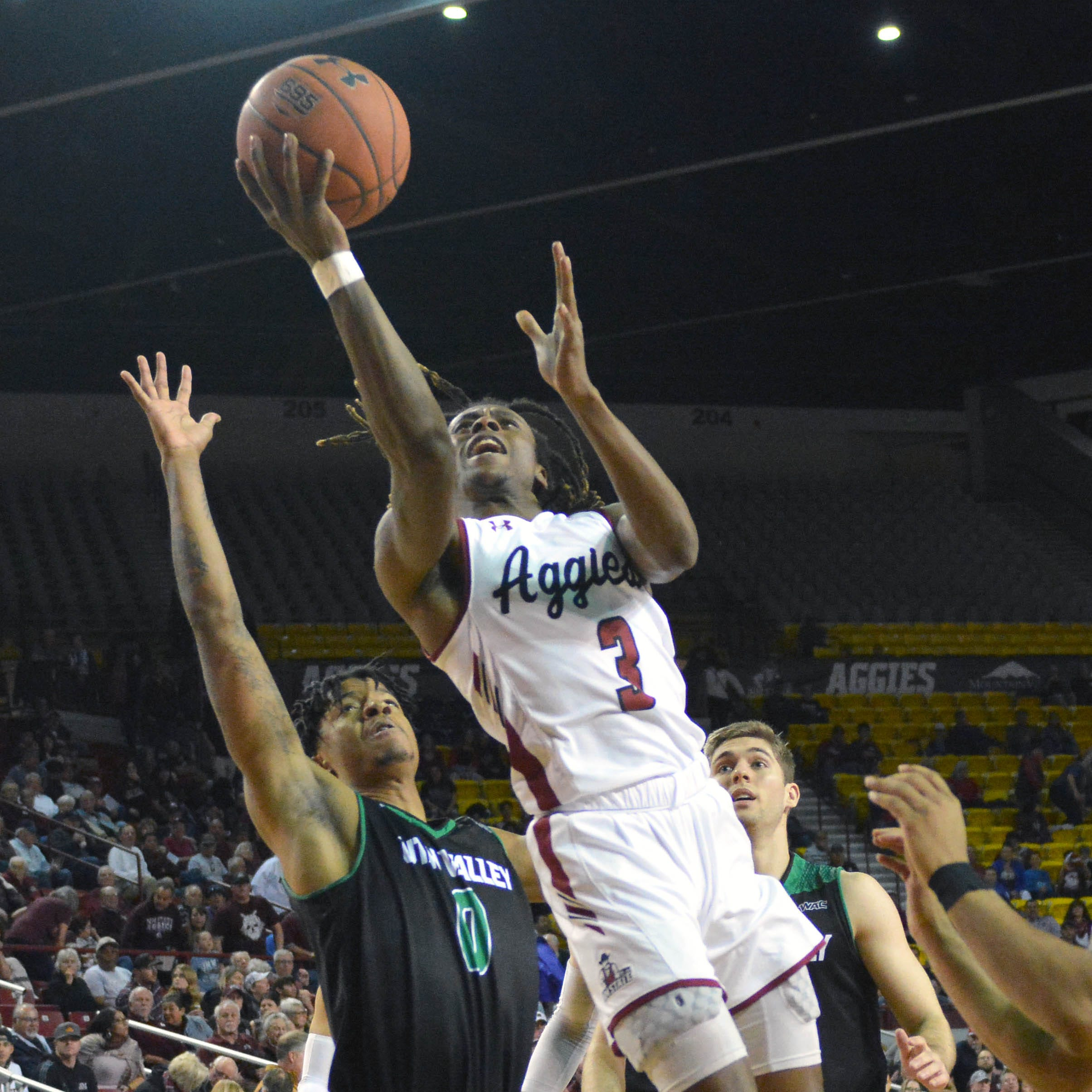 New Mexico State closes out Utah Valley for 10th straight win