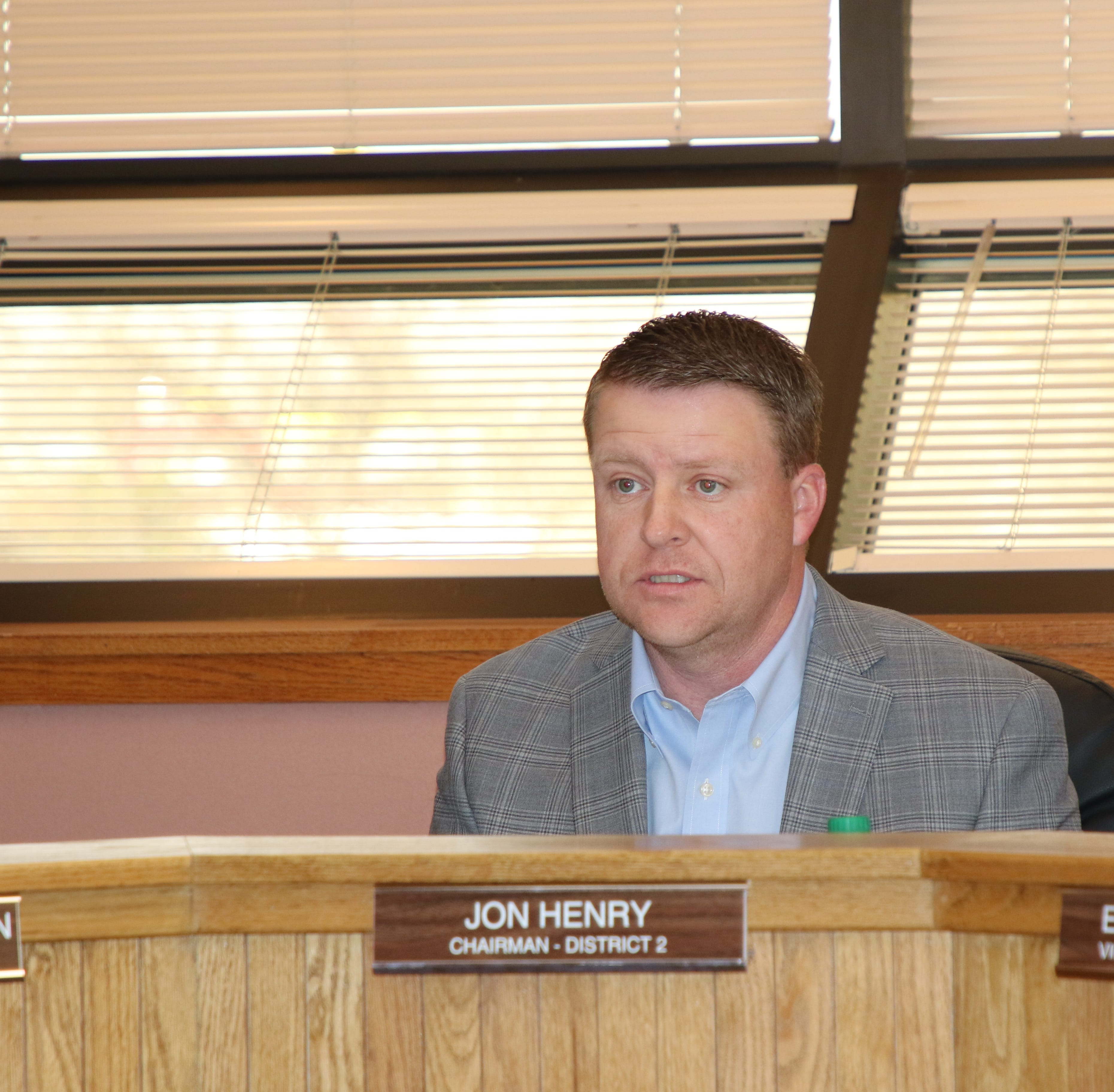 Eddy County Commissioners hold firm on 5-day work week