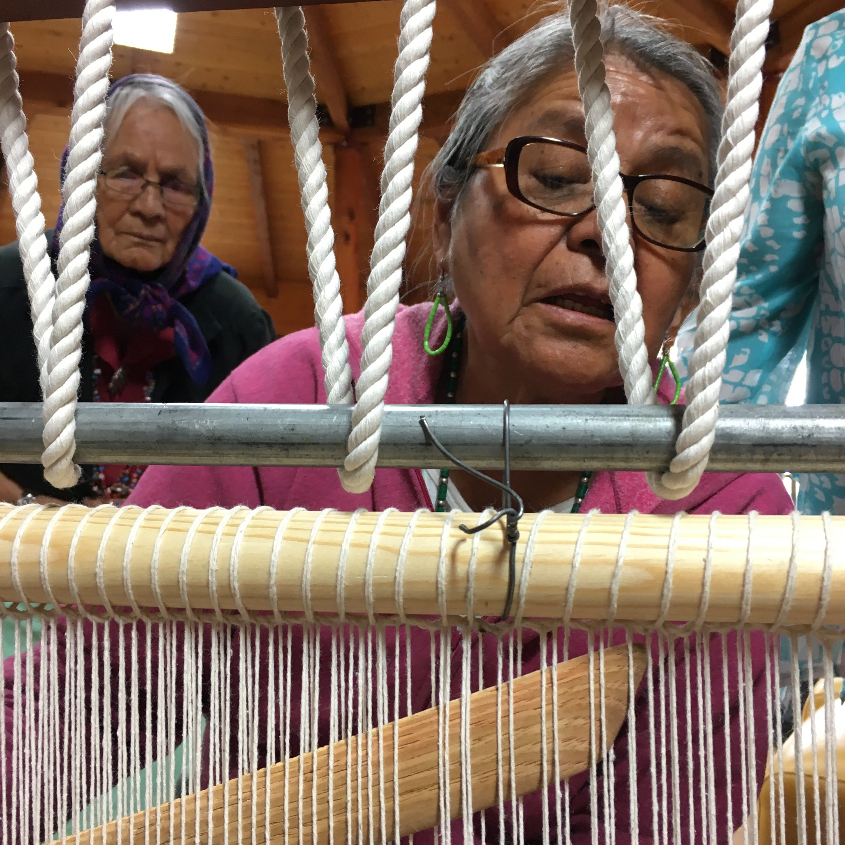 Navajo weavers learn, enhance skills at spin off