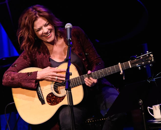 Rosanne Cash performs during Her Second Artist-in-Residence Show At The Country Music Hall Of Fame And Museum on September 3, 2015 in Nashville, Tennessee.