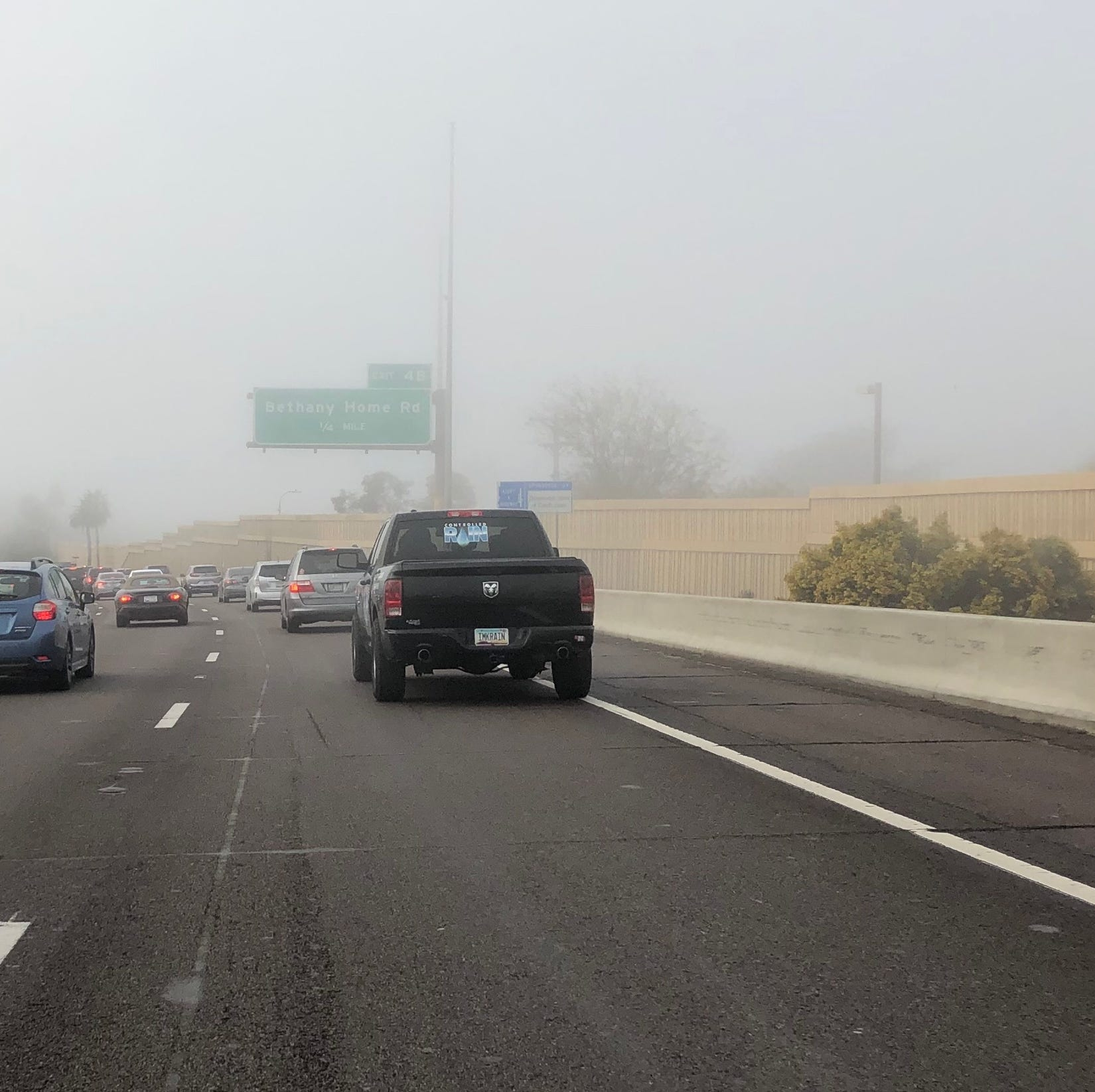 Rare fog rolls across Phoenix after winter storm