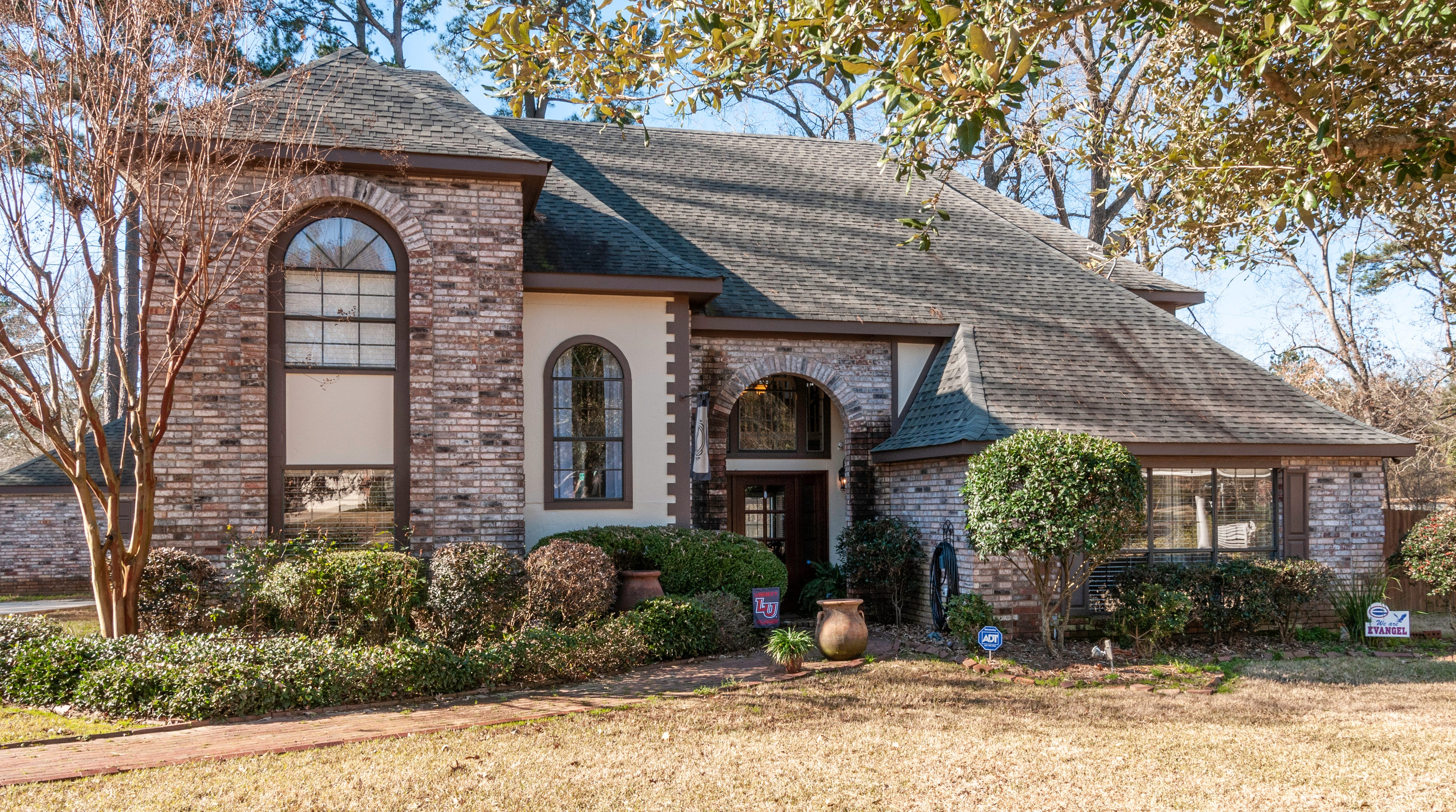 5741 Aragon Drive, Shreveport  Price: $338,000  Details: 5 bedrooms, 4 bathrooms, 3,080 square feet  Special features: New Castle home with a separate workshop, seller paying up to $5,000 in prepaid closing costs, outdoor living spaces, new pergola, man cave or flex room upstairs, remodeled kitchen and master bath.   Contact: Dondi Fielder, 780-9123