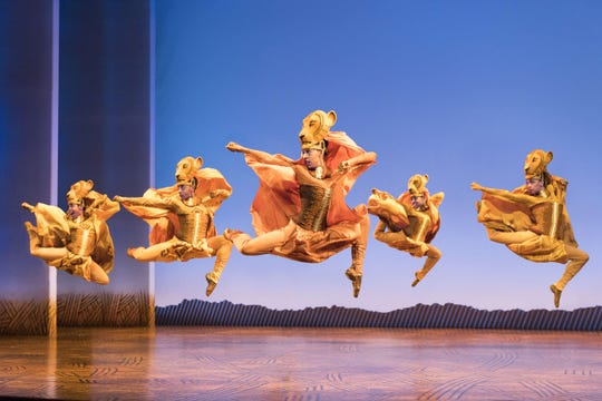 """Lionesses Dance"" in ""The Lion King"" North American Tour."
