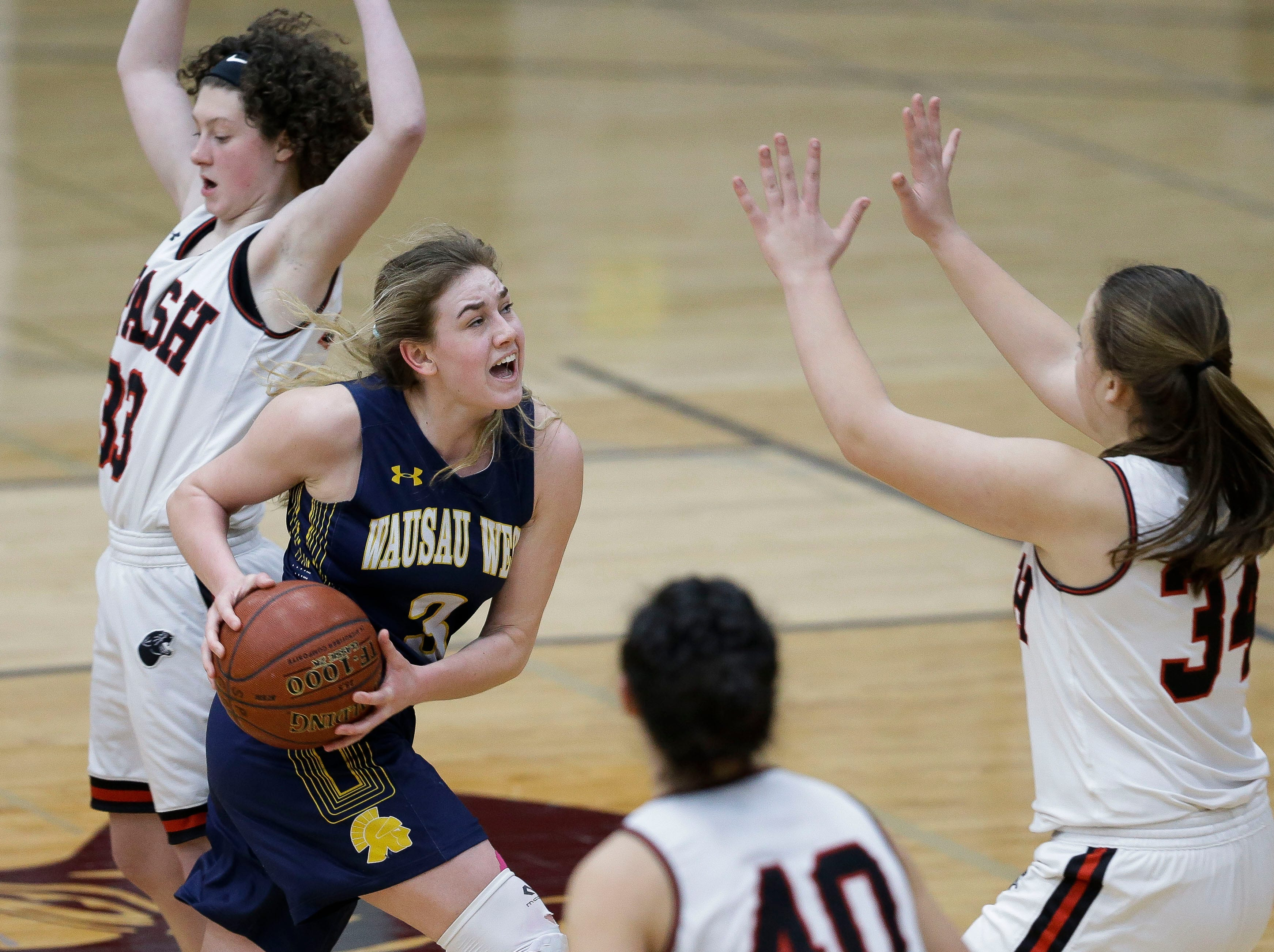 Wausau West's Kadie Deaton (3) drives to the basket against SPASH on Thursday, February 14, 2019, at SPASH in Stevens Point, Wis.Tork Mason/USA TODAY NETWORK-Wisconsin