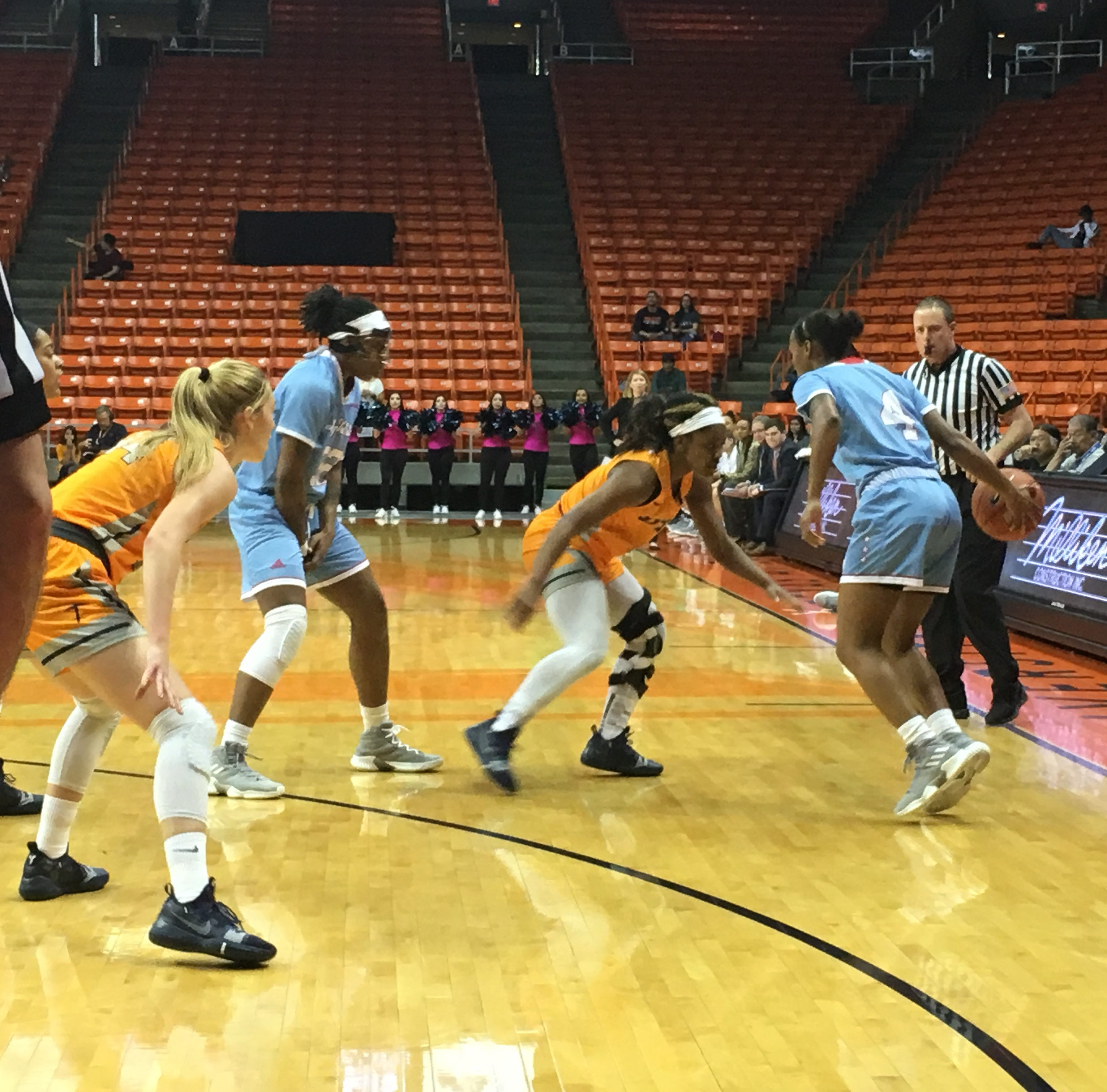 Louisiana Tech women hold off gritty, shorthanded UTEP, 74-64