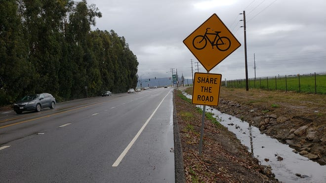 The bike lane along southbound Las Posas Road will be extended to Pleasant Valley Road in the latest public works project by the city of Camarillo.