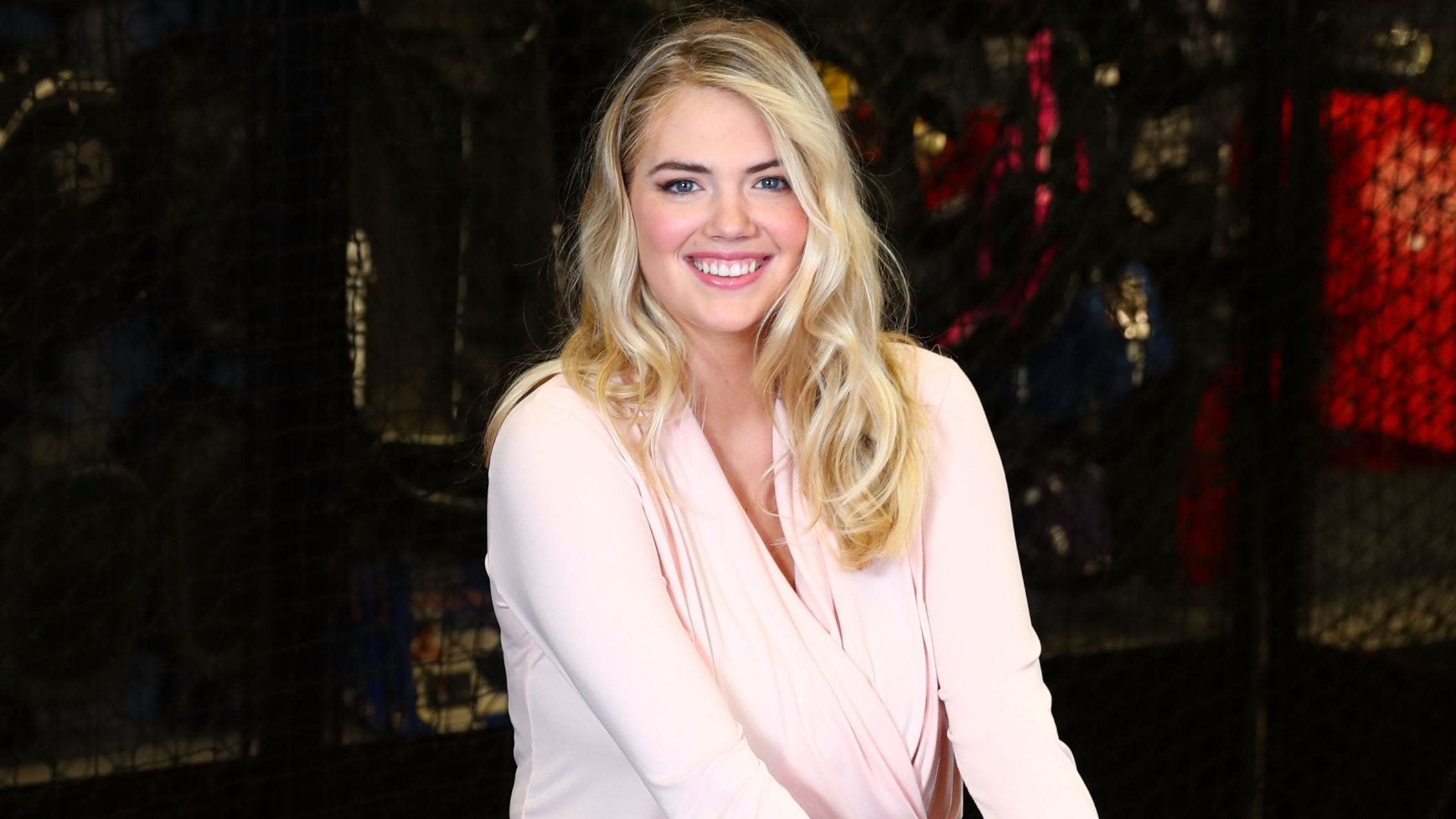 Sports Illustrated model Kate Upton shares honest 'pregame' breast-pumping picture