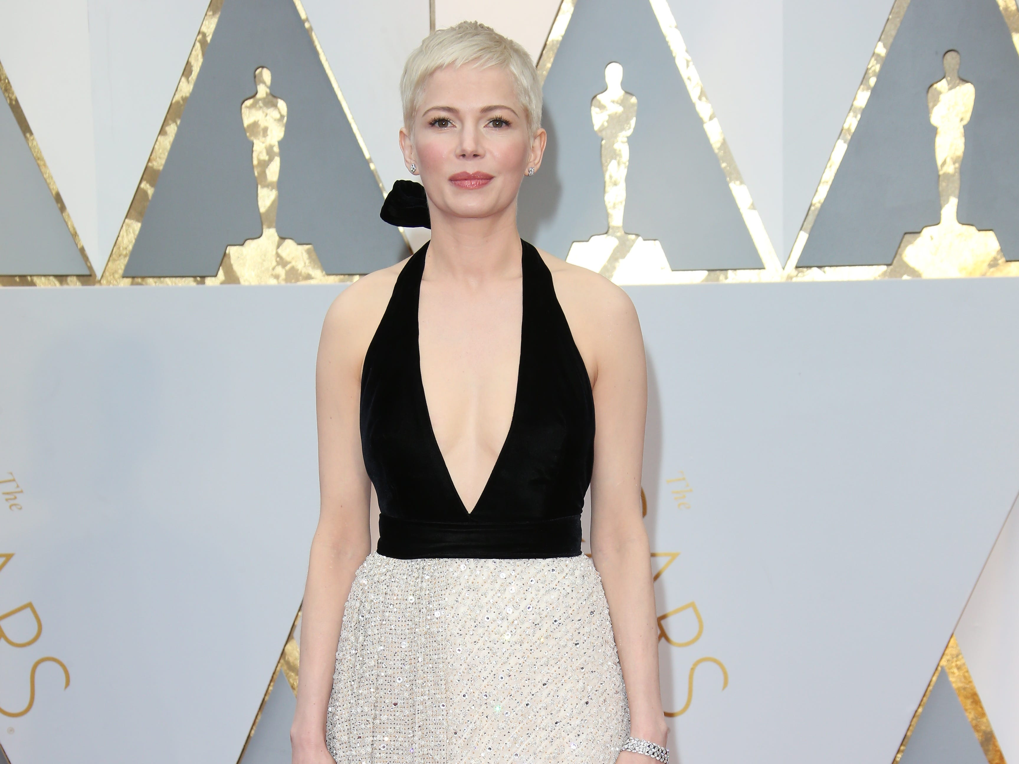 Feb 26, 2017; Hollywood, CA, USA; Michelle Williams on the red carpet during the 89th Academy Awards at Dolby Theatre. Mandatory Credit: Dan MacMedan-USA TODAY NETWORK ORG XMIT: USATSI-357477 (Via OlyDrop)