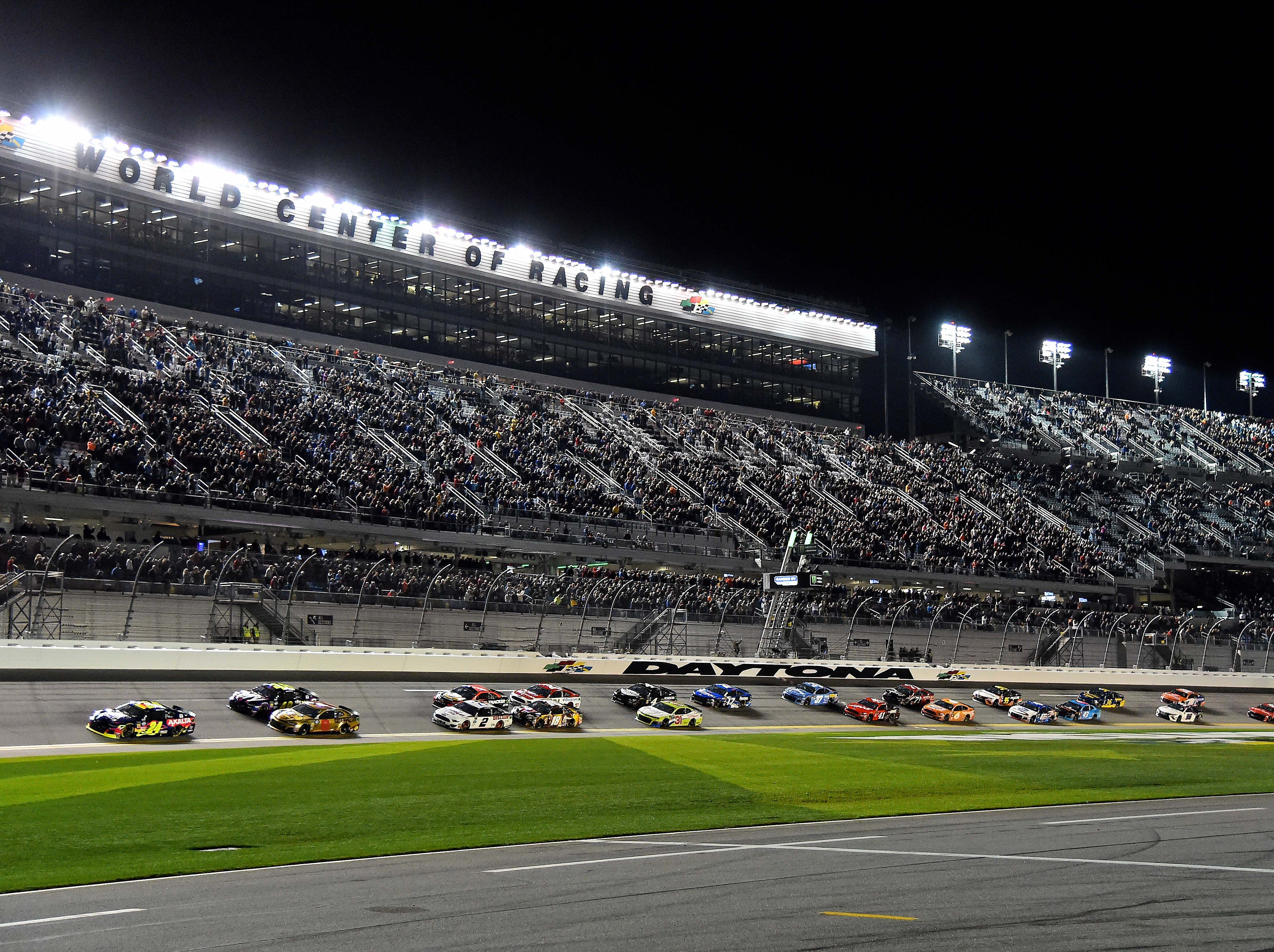 Feb. 14: William Bryon (24), who topped Daytona 500 pole qualifying, leads the field to start the Gander RV Duel 1 at Daytona International Speedway.