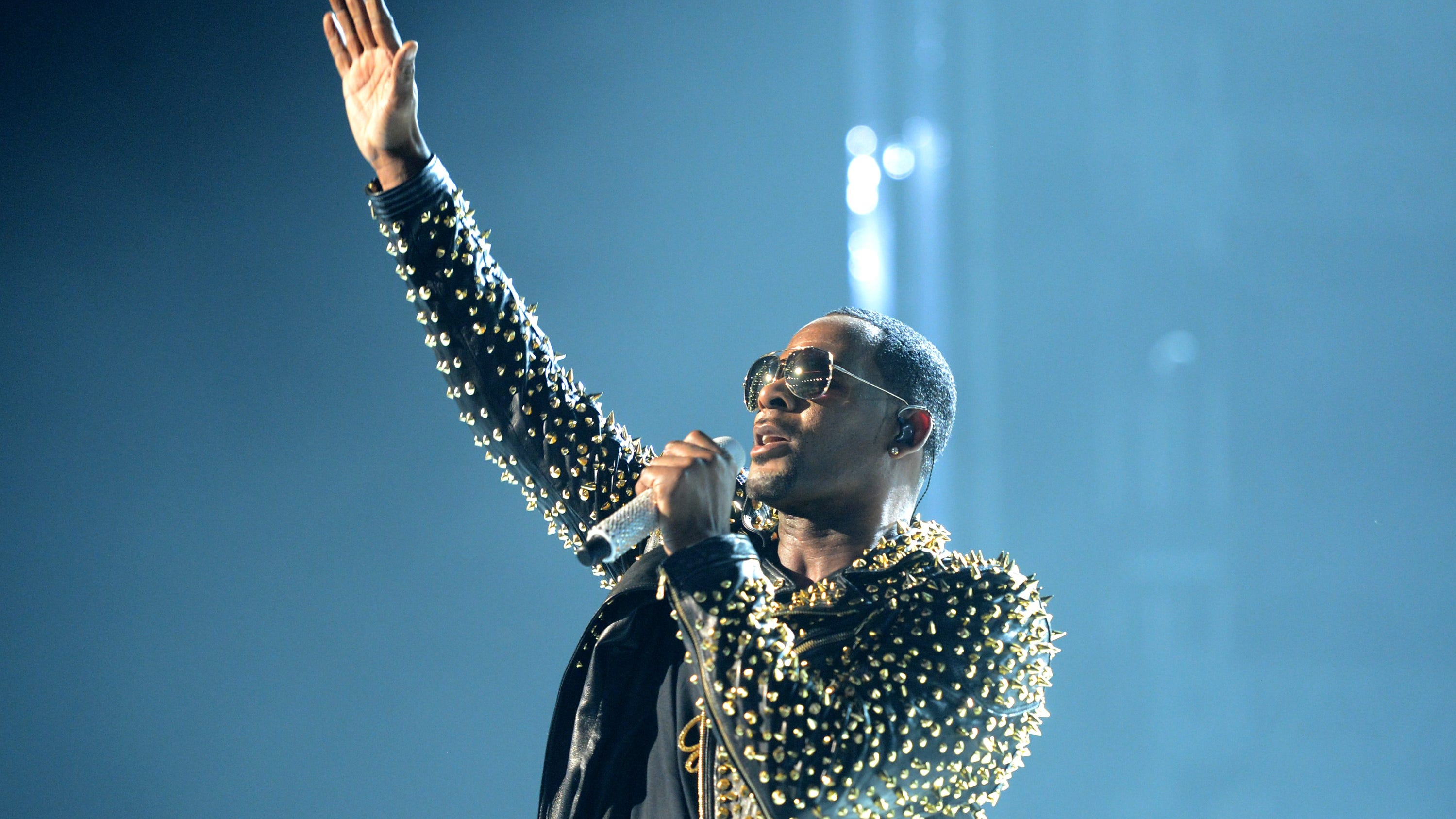 R. Kelly onstage during the 2013 BET Awards in Los Angeles, June 30, 2013.