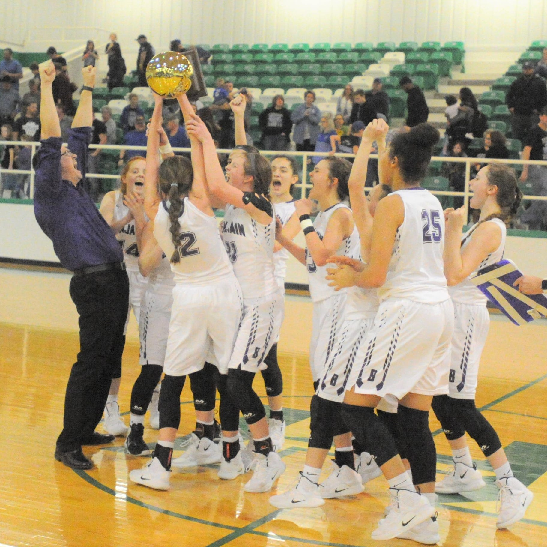 Benjamin girls basketball holds off Westbrook to end third-round drought