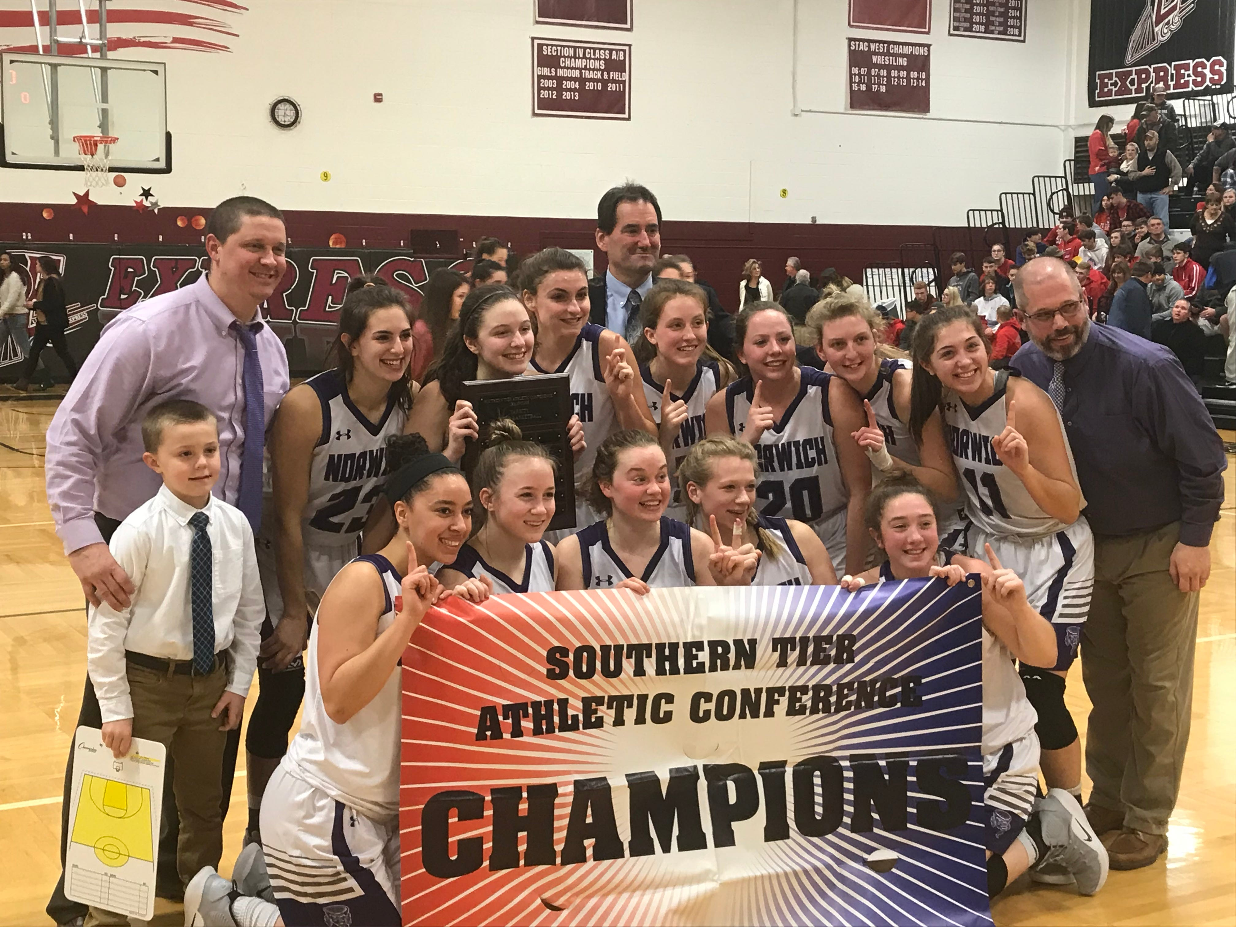 Girls Basketball: Norwich cruises to STAC title