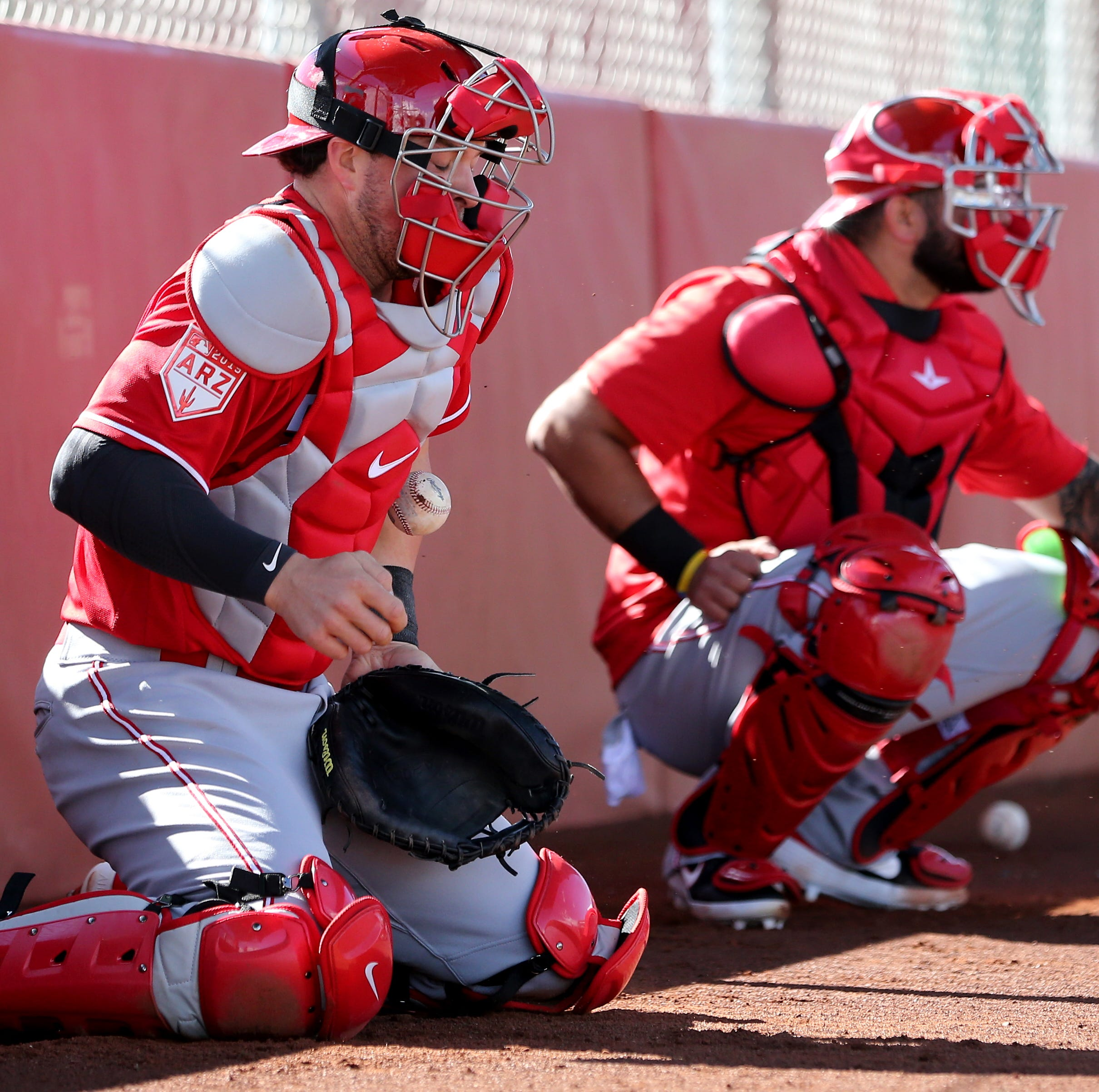 Catcher and shortstop, Kyle Farmer's versatility may help him make Cincinnati Reds roster