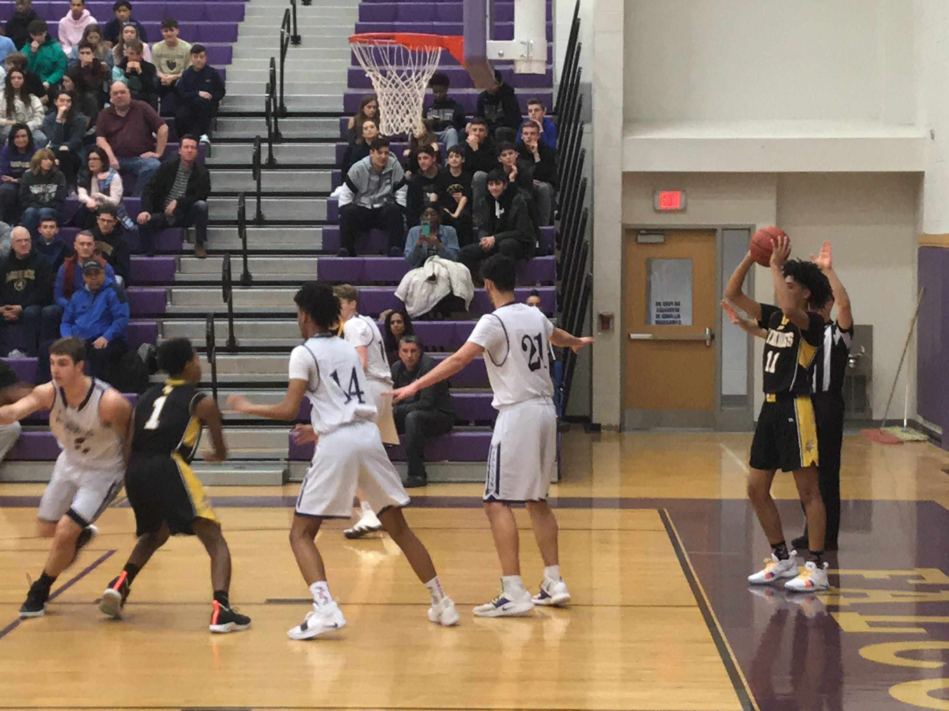 Boys Basketball: Monroe holds off South Brunswick in GMCT