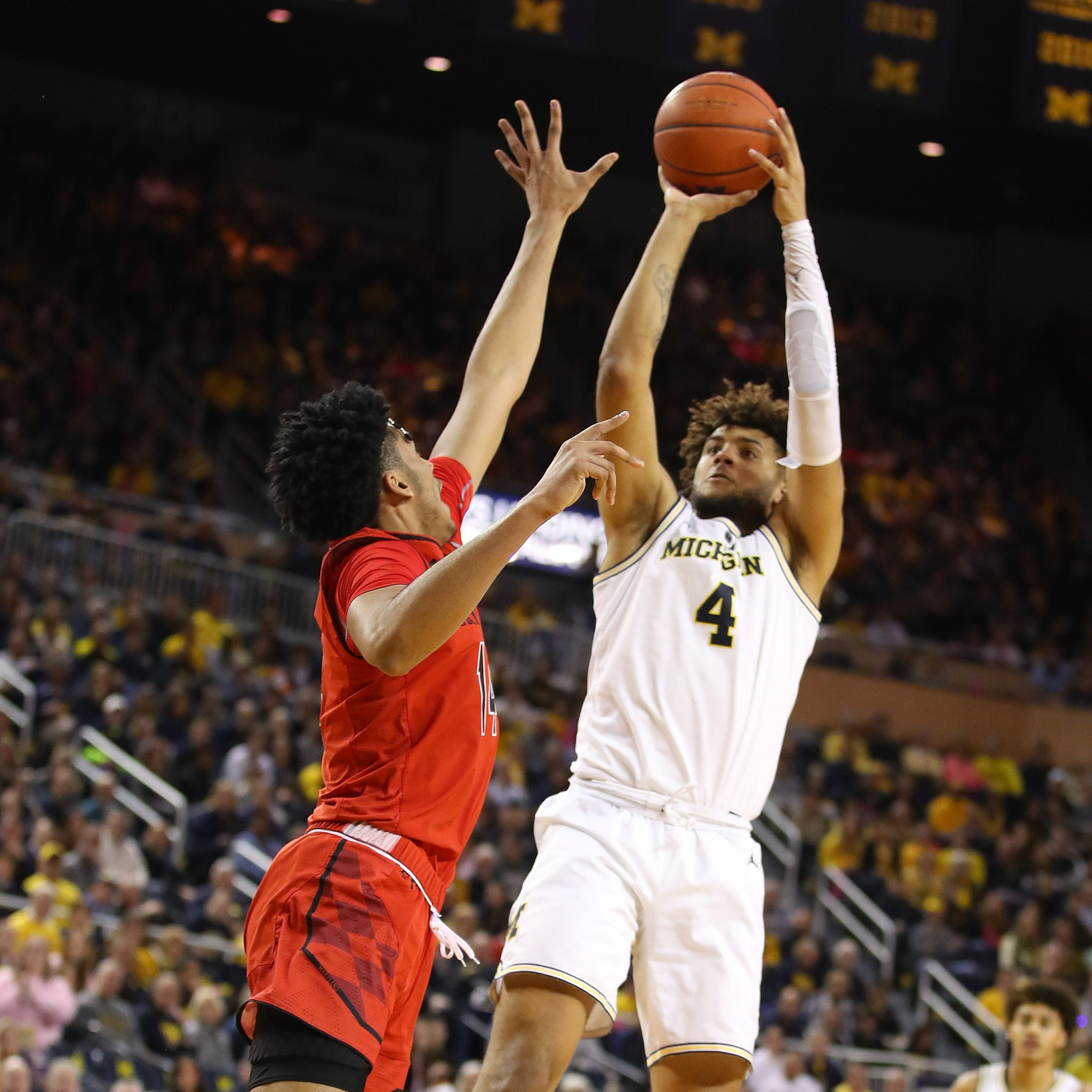 Michigan basketball: Isaiah Livers does everything; can he do more?