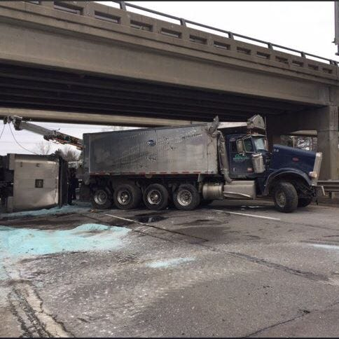 NB I-75 reopens in Oakland Co. after salt truck crash