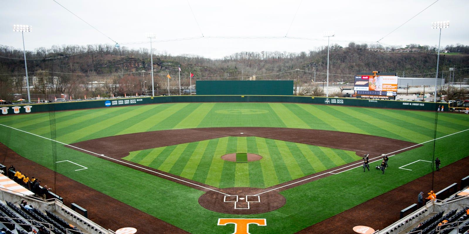 Tennessee Baseball 1 25m Turf Field Is Unique Tony Vitello Says