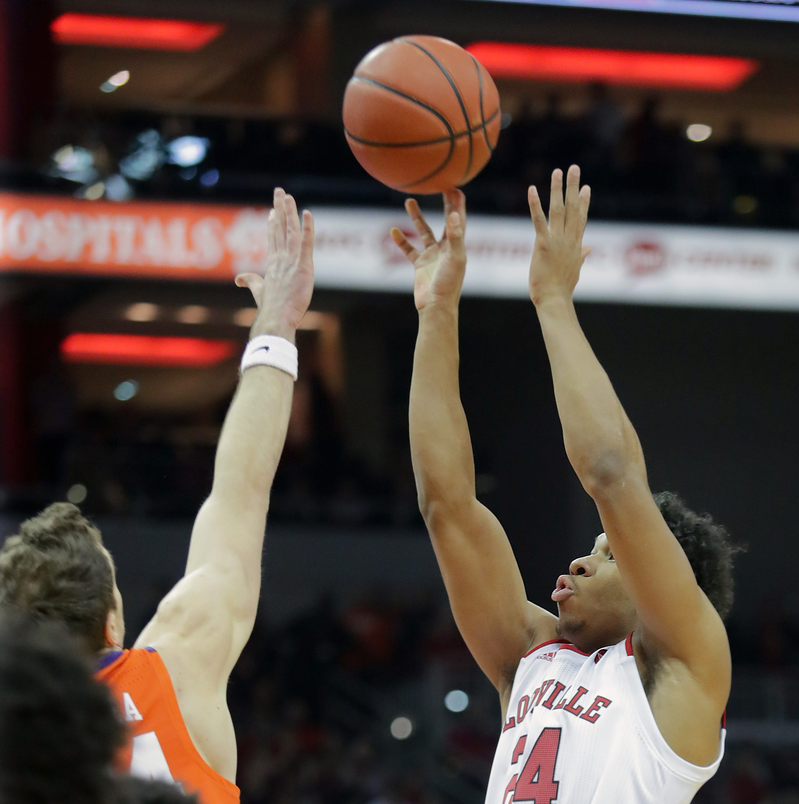 How to watch Louisville basketball's Saturday showdown with Virginia