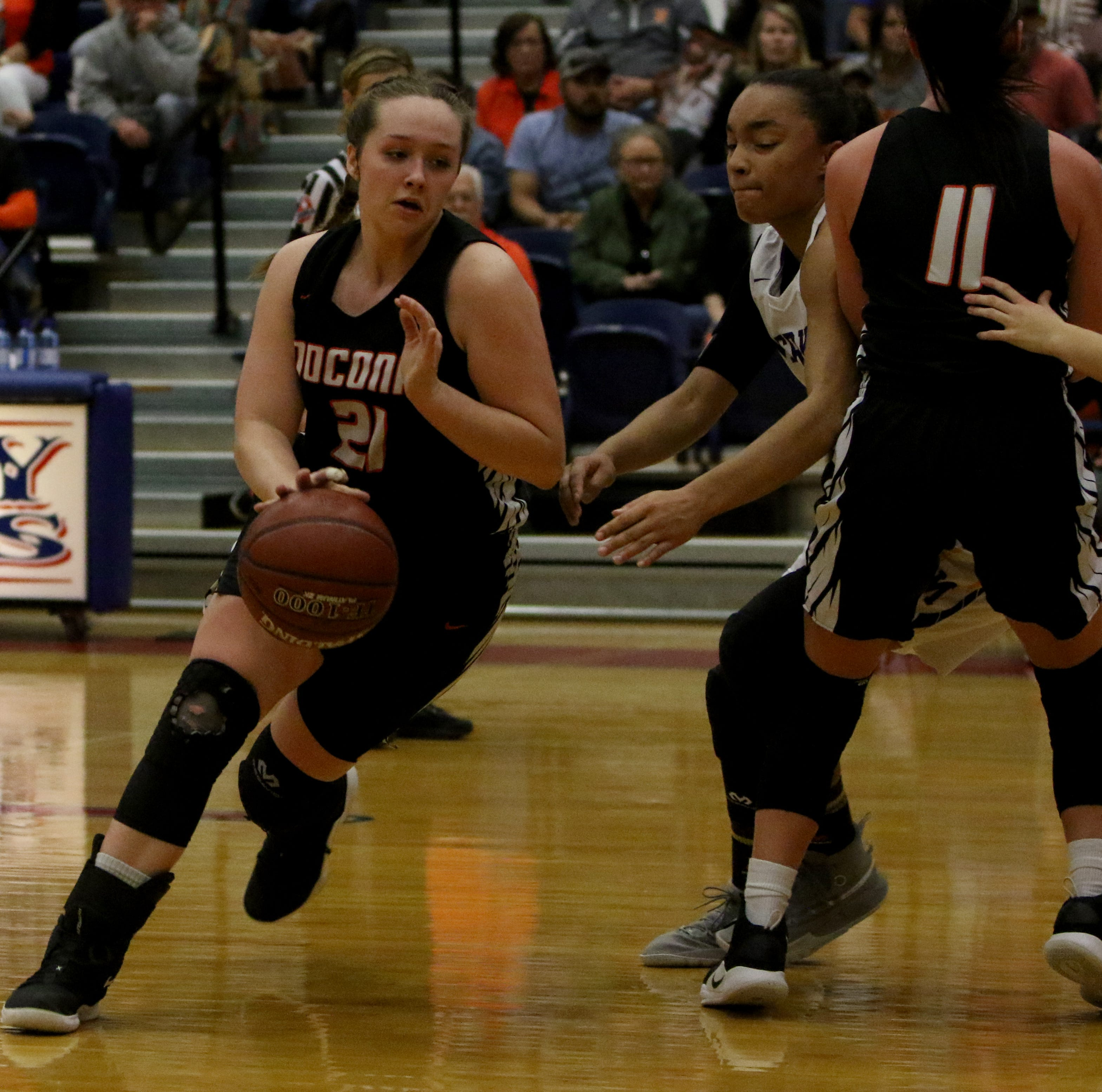 Averee Kleinhans drops 40, leading Nocona to rout of Merkel in area round