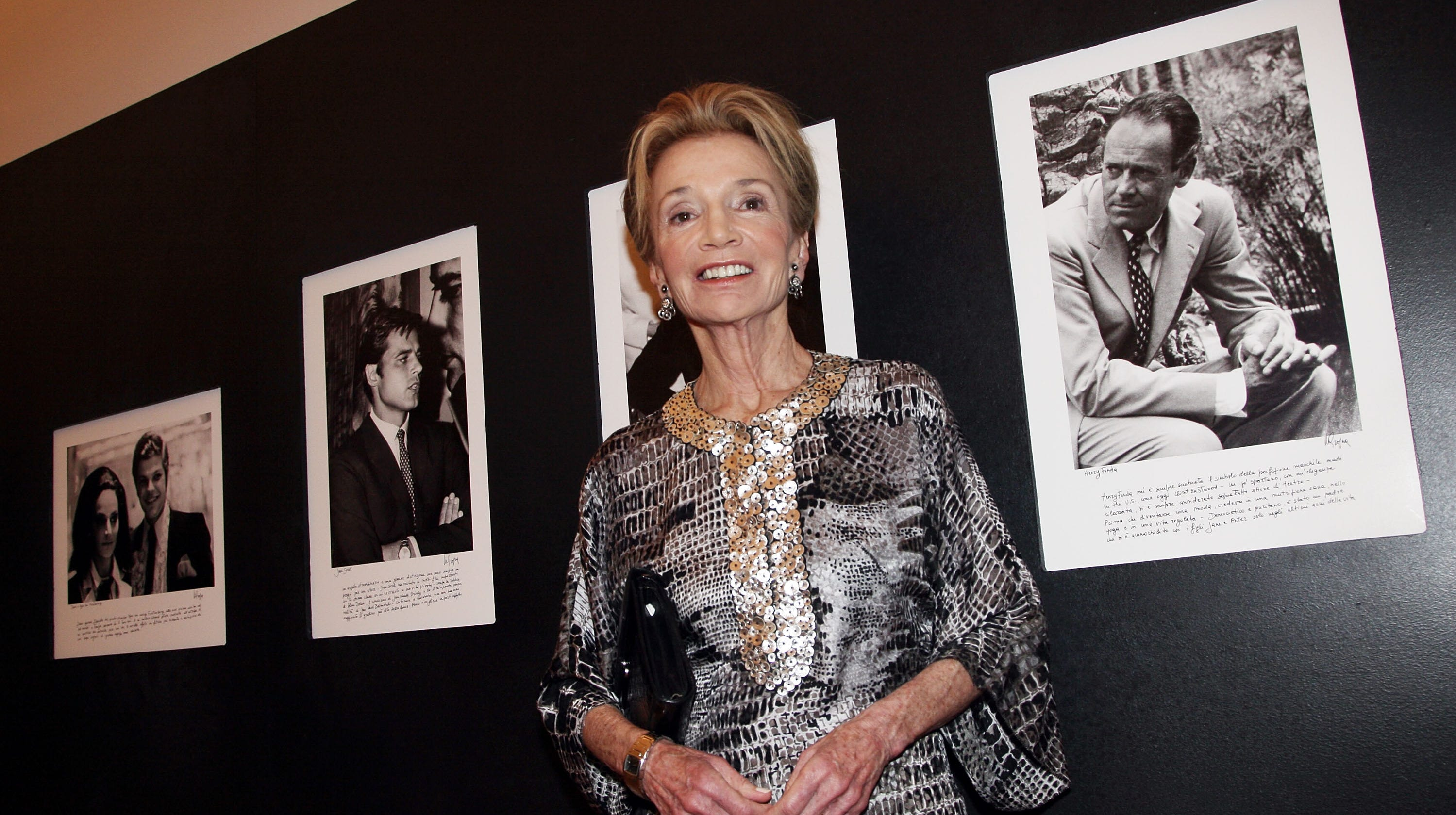 Lee Radziwill, the sister of Jacqueline Kennedy Onassis, has died at 85.