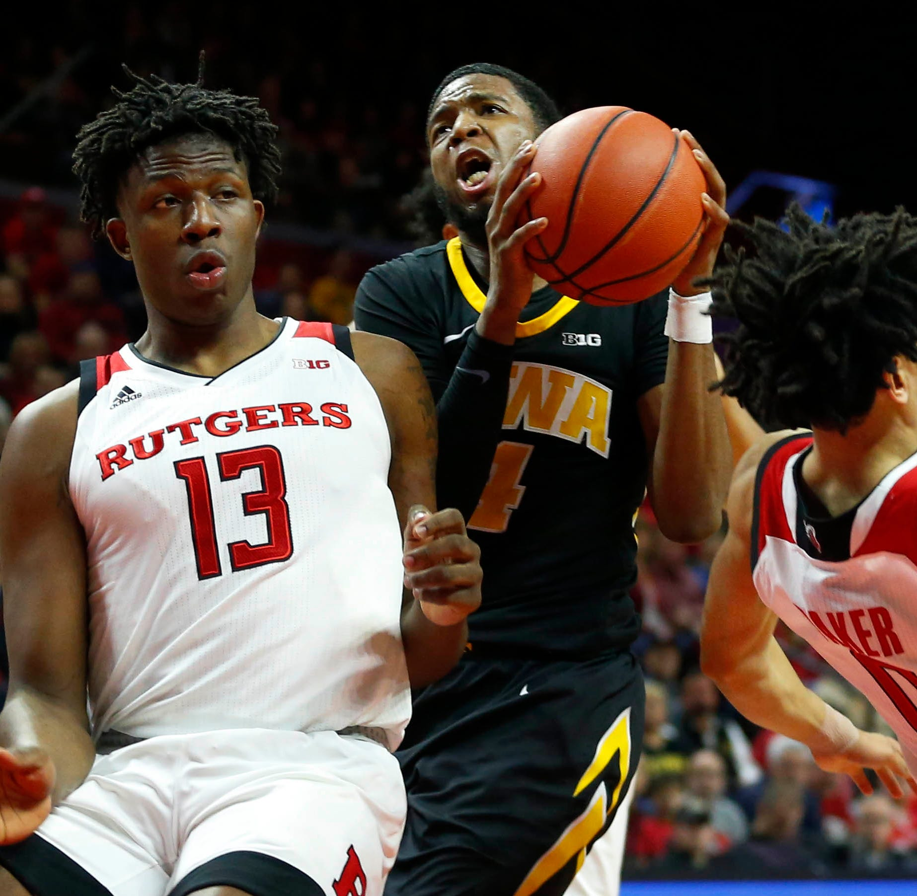 Rutgers basketball loses heartbreaker on crazy Iowa shot just before buzzer