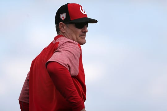 Cincinnati Reds manager David Bell (25) observes pitchers participating in fielding drills, Sunday, Feb. 17, 2019, at the Cincinnati Reds spring training facility in Goodyear, Arizona.
