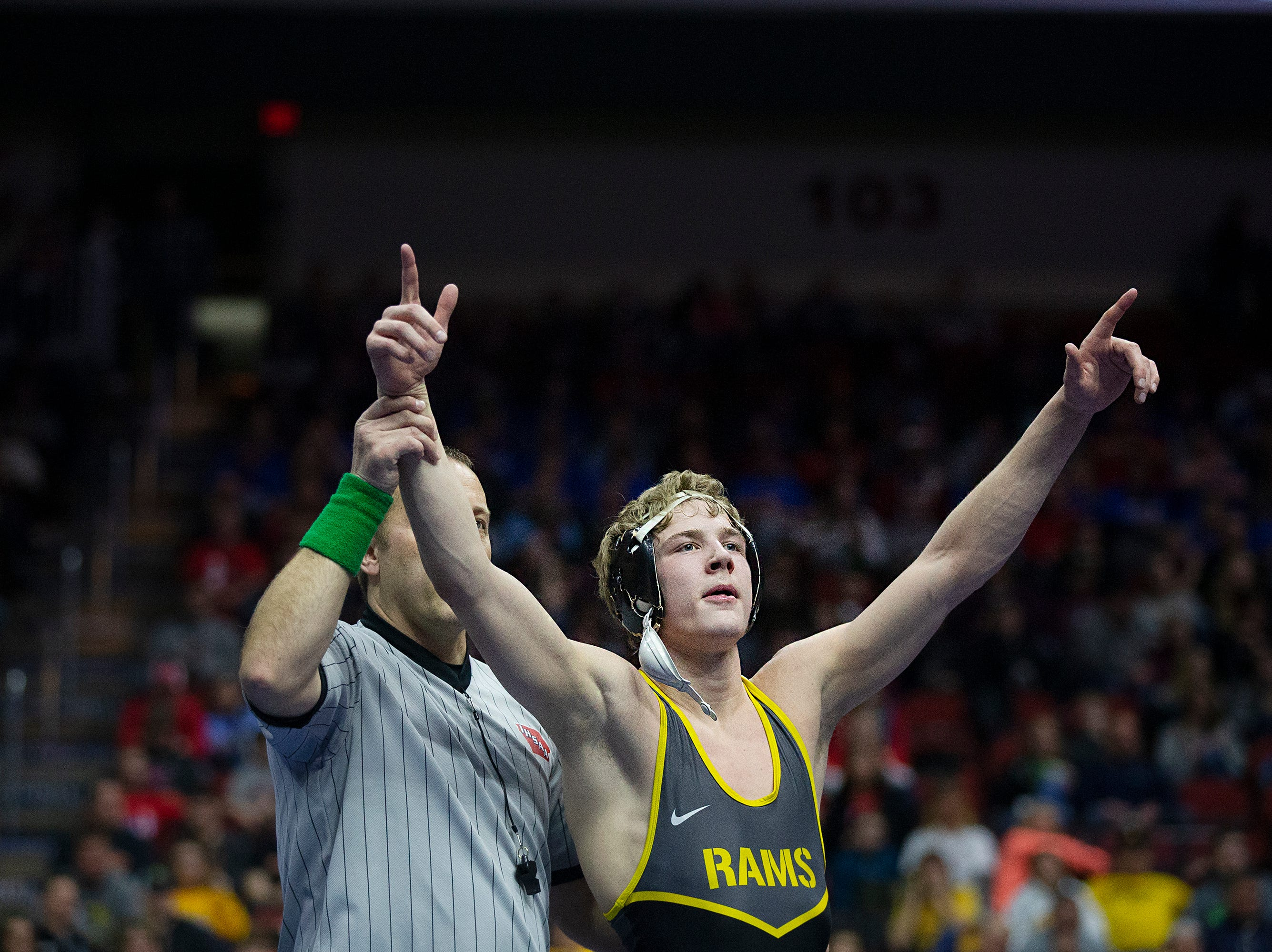 Southeast Polk's Lance Runyon wins the 152 pound class 3A championship match against Norwalk's Carter Schmidt during the Iowa high school state wrestling tournament on Saturday, Feb.16, 2019, in Wells Fargo Arena.