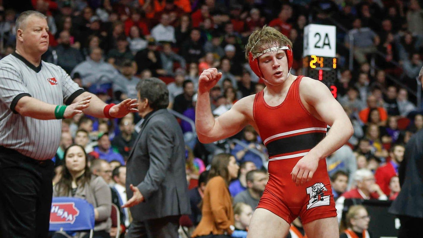 Iowa high school wrestling: 12 things we learned from Week 1