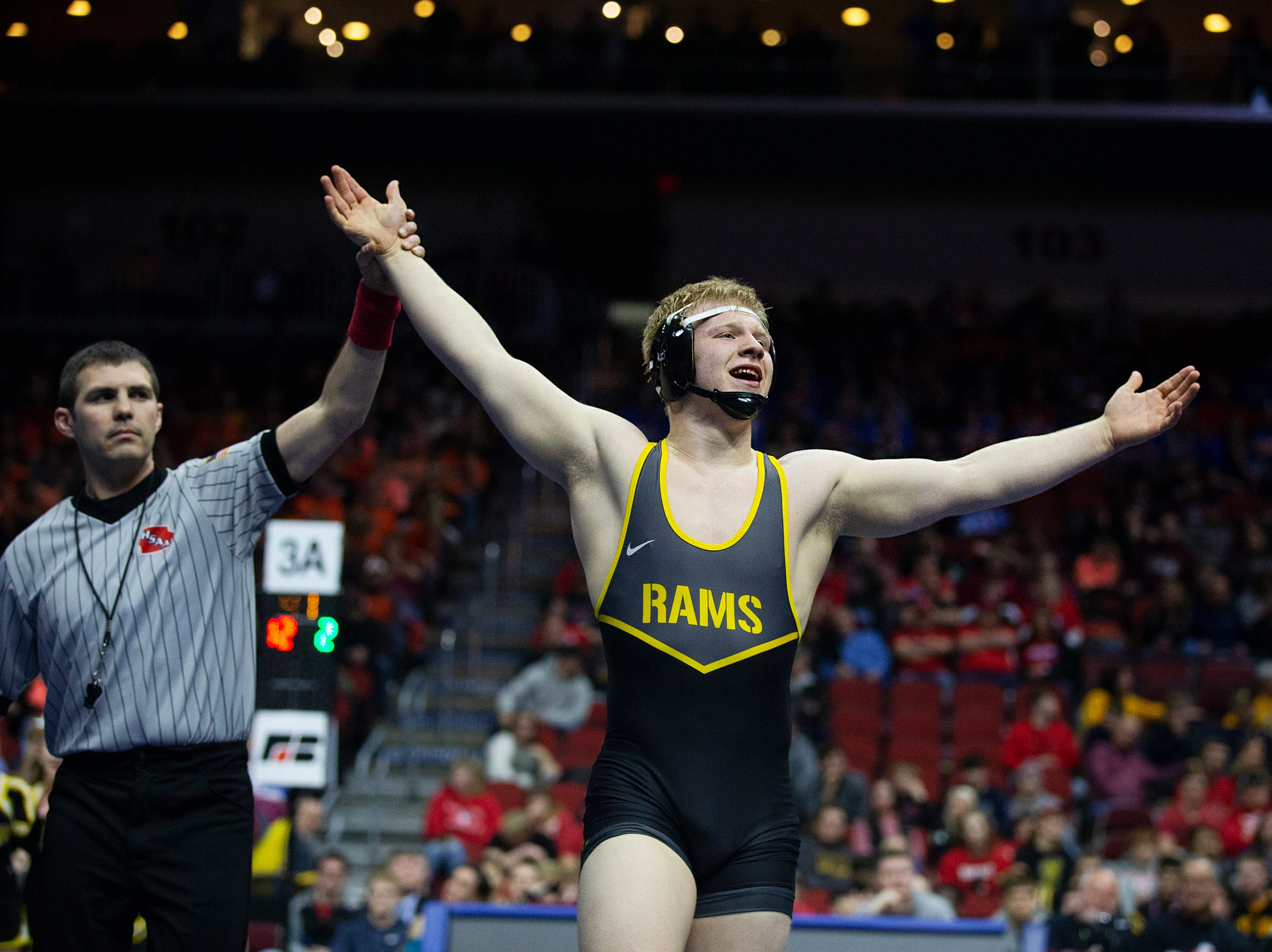 Southeast Polk's Gabe Christenson wins the 195-pound class 3A championship match against Waverly-Shell Rock's Brayden Wolf during the Iowa high school state wrestling tournament on Saturday, FEB.16, 2019, in Wells Fargo Arena.