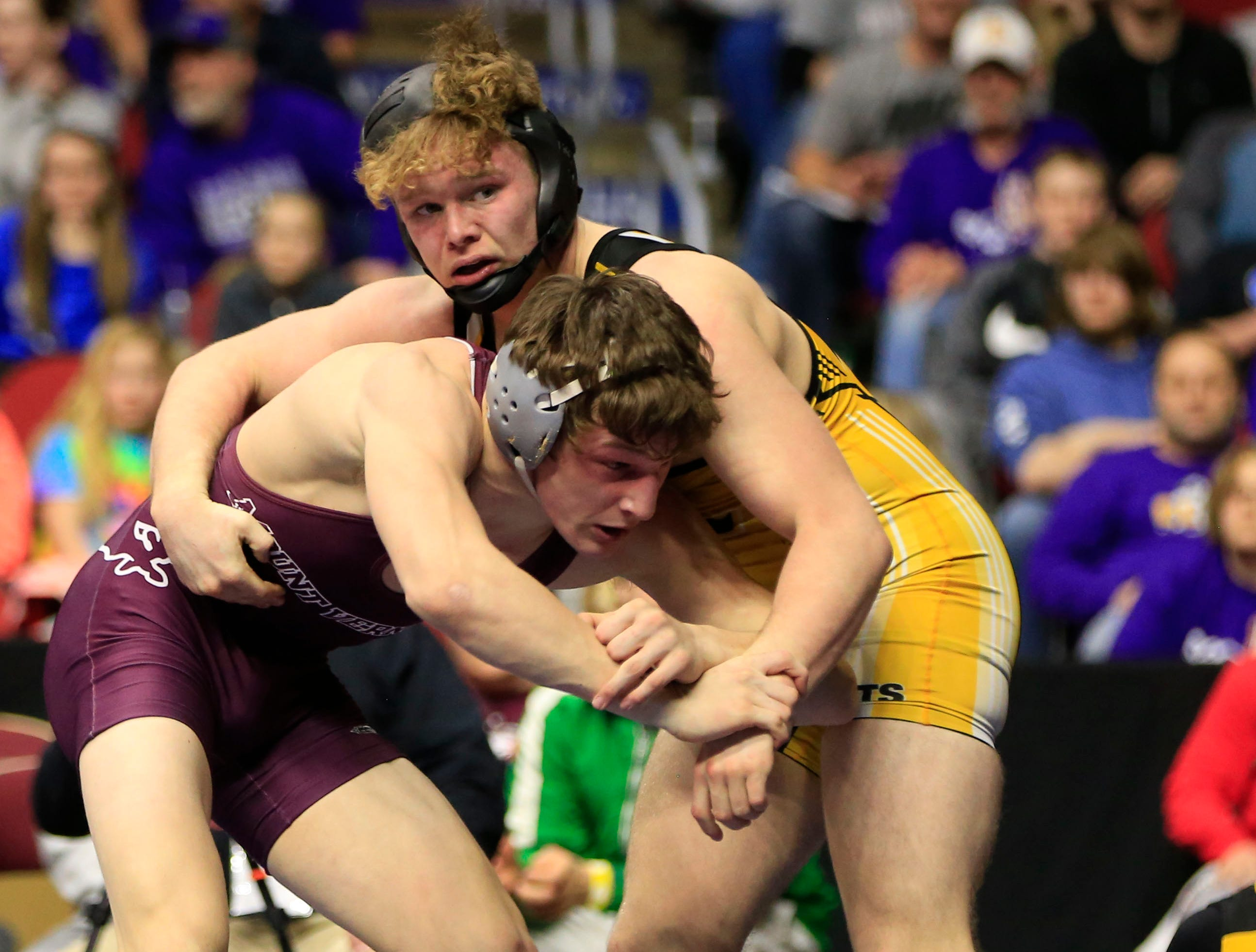 Paul Ryan of Mt. Vernon beats Sage Walker of Eddyville-Blakesburg-Fremont for the 2A state wrestling championship at 170 pounds Saturday, Feb. 16, 2019.
