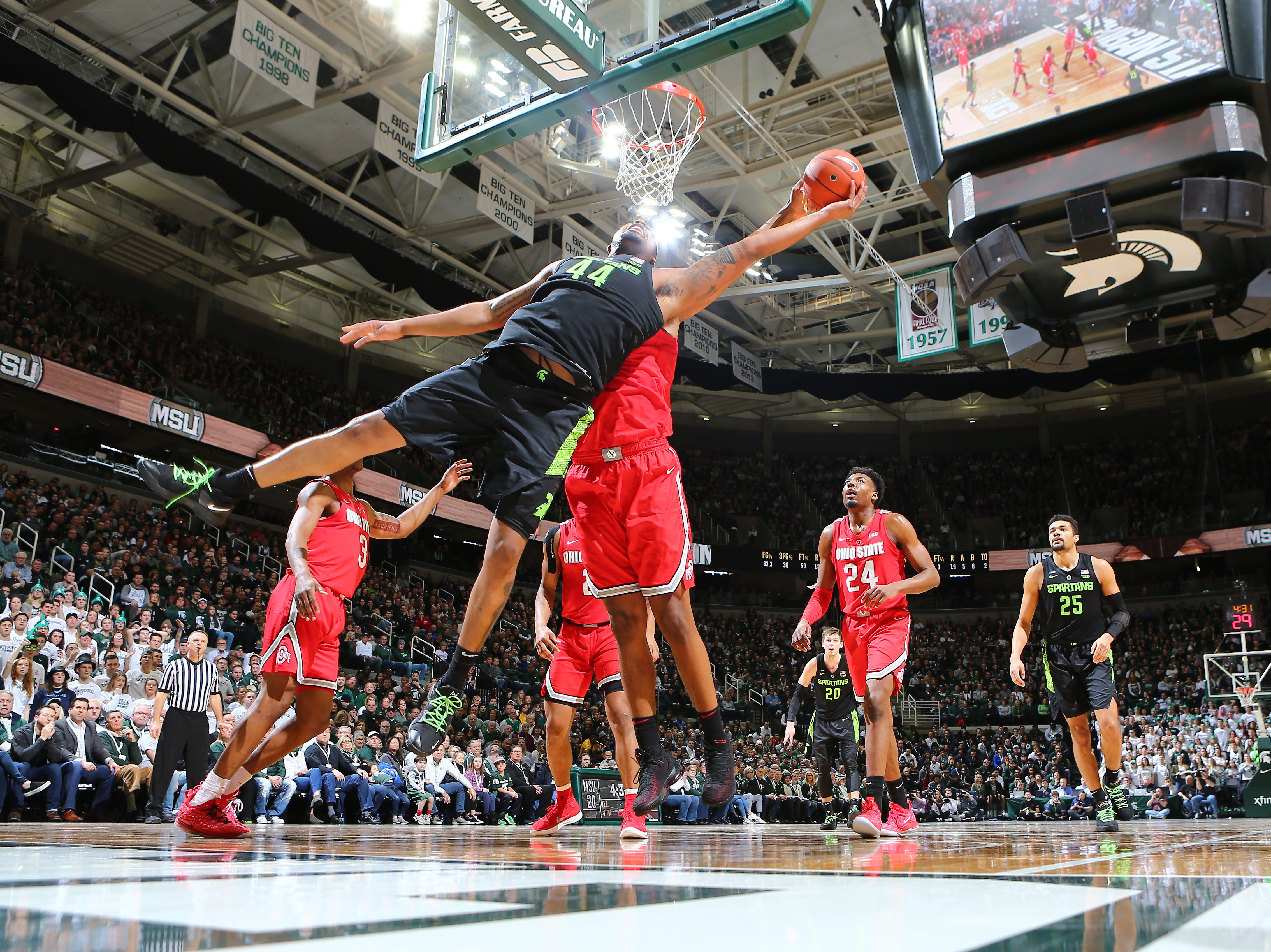 Ohio State's Kaleb Wesson blocks the shot of Michigan State's Nick Ward in the first half of MSU's 62-44 win Sunday, Feb. 17, 2019, in East Lansing.