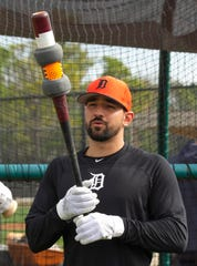 Tigers outfielder Nick Castellanos says he remains committed to Detroit.