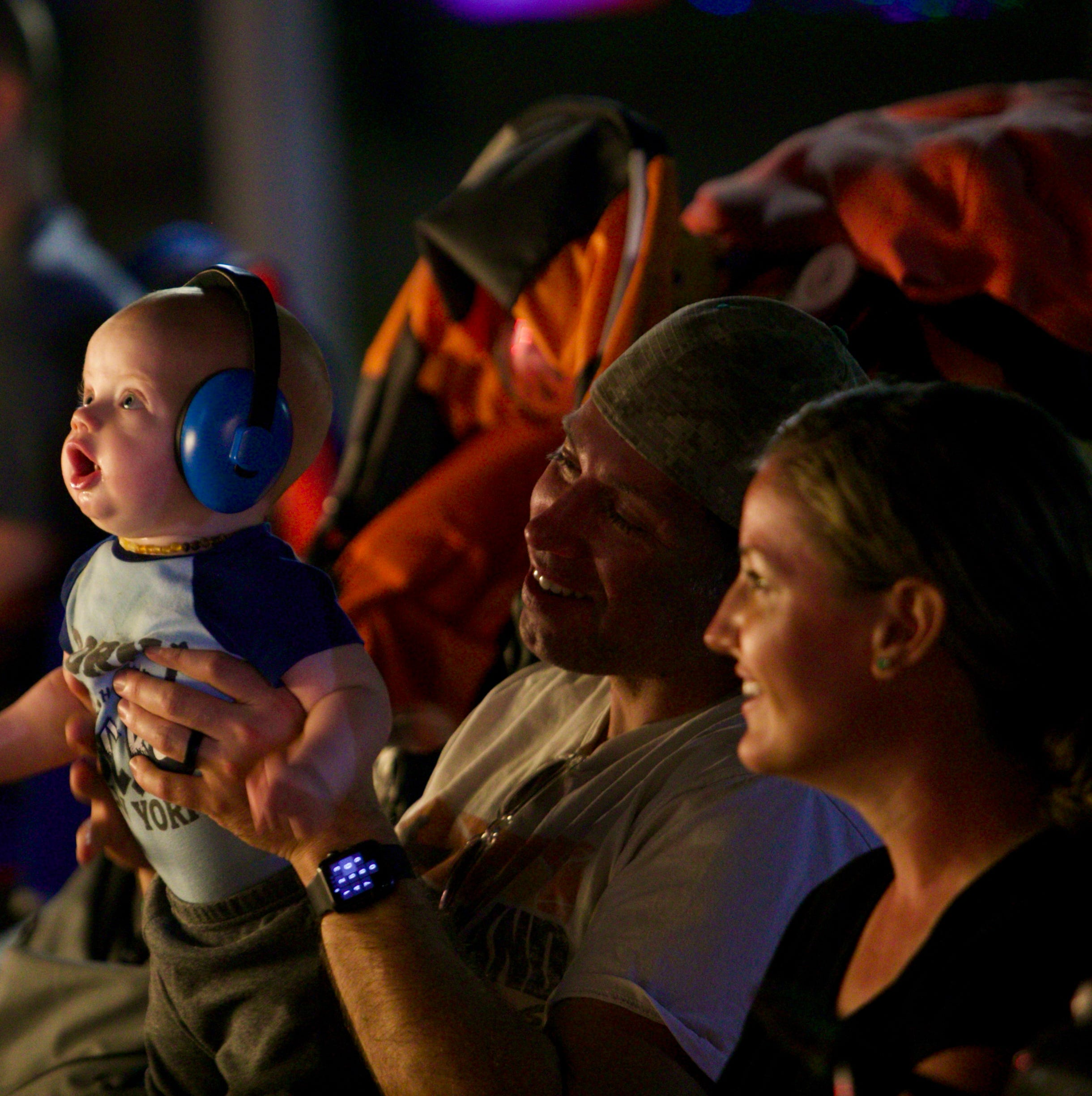 Edison Festival of Light Grand Parade draws families, friends for food, entertainment, and bonding