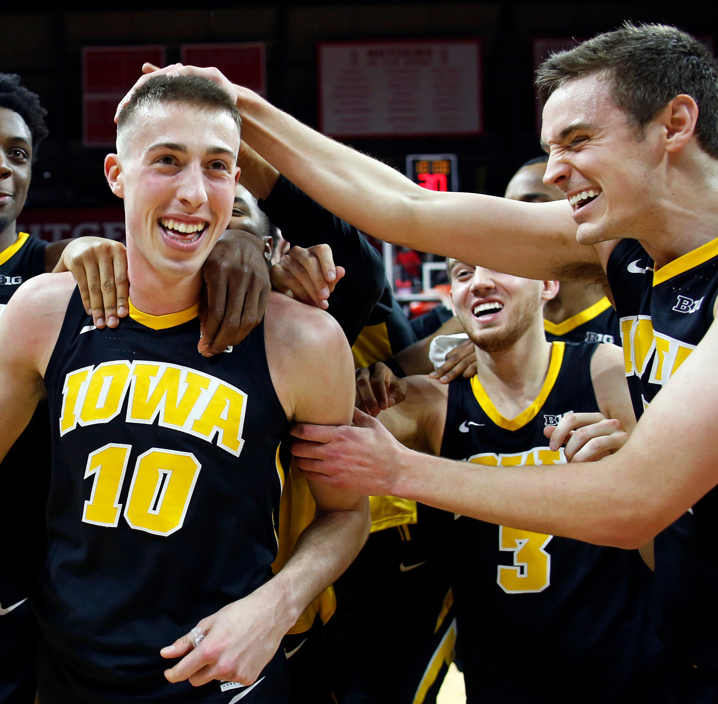 Joe Wieskamp's amazing 3-pointer lifts Iowa to another miracle win: 'I was pretty pleased'