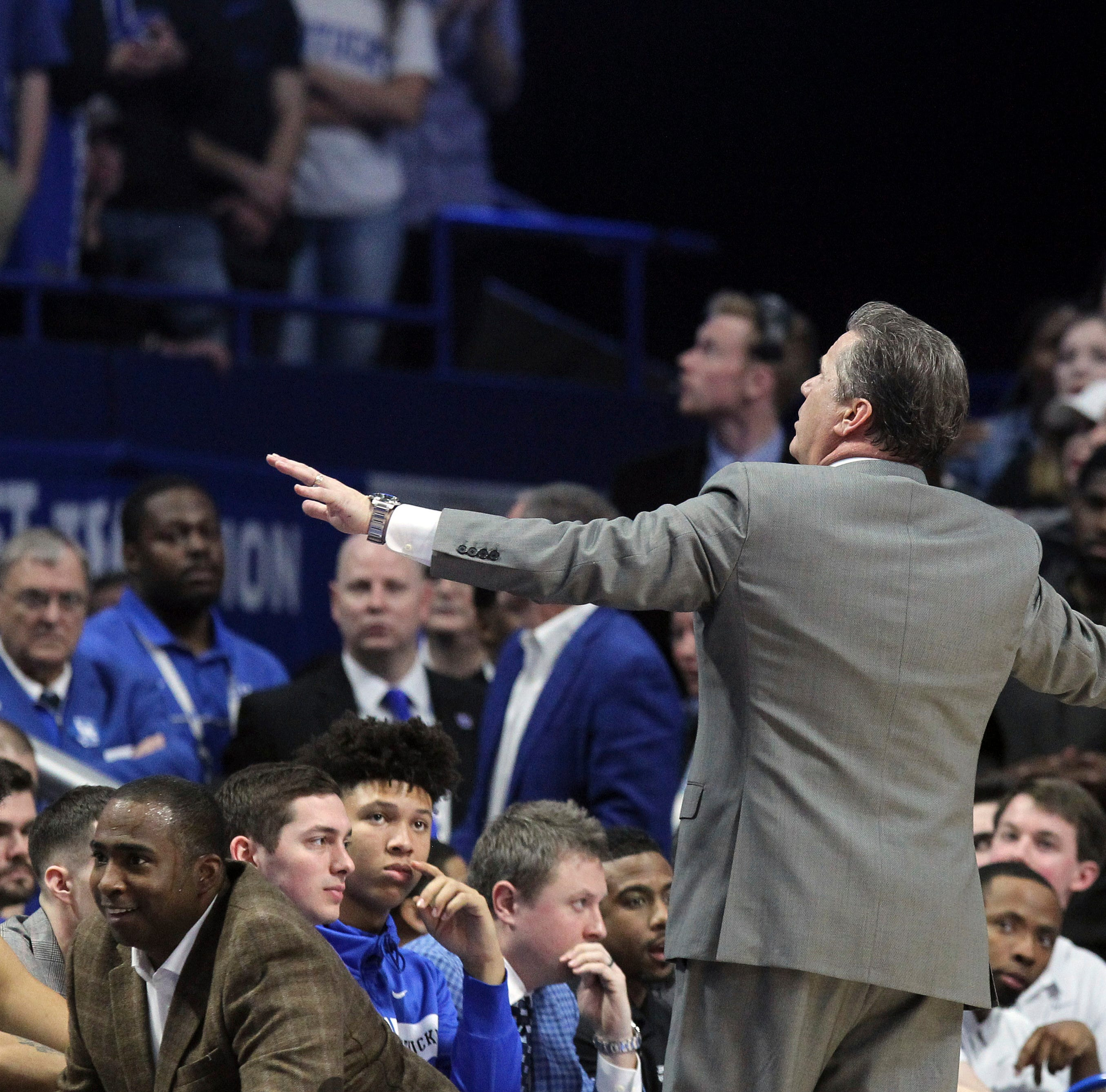 Kentucky coach John Calipari barks at students to quit yelling 'Overrated' toward No. 1 UT Vols