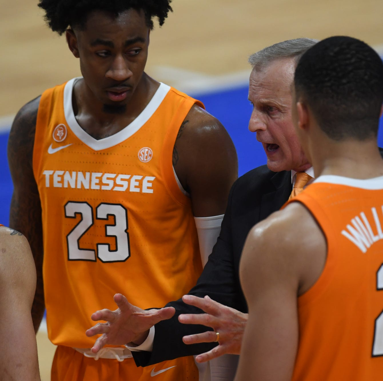 Why Tennessee basketball dropped to No. 5 in polls after Kentucky loss