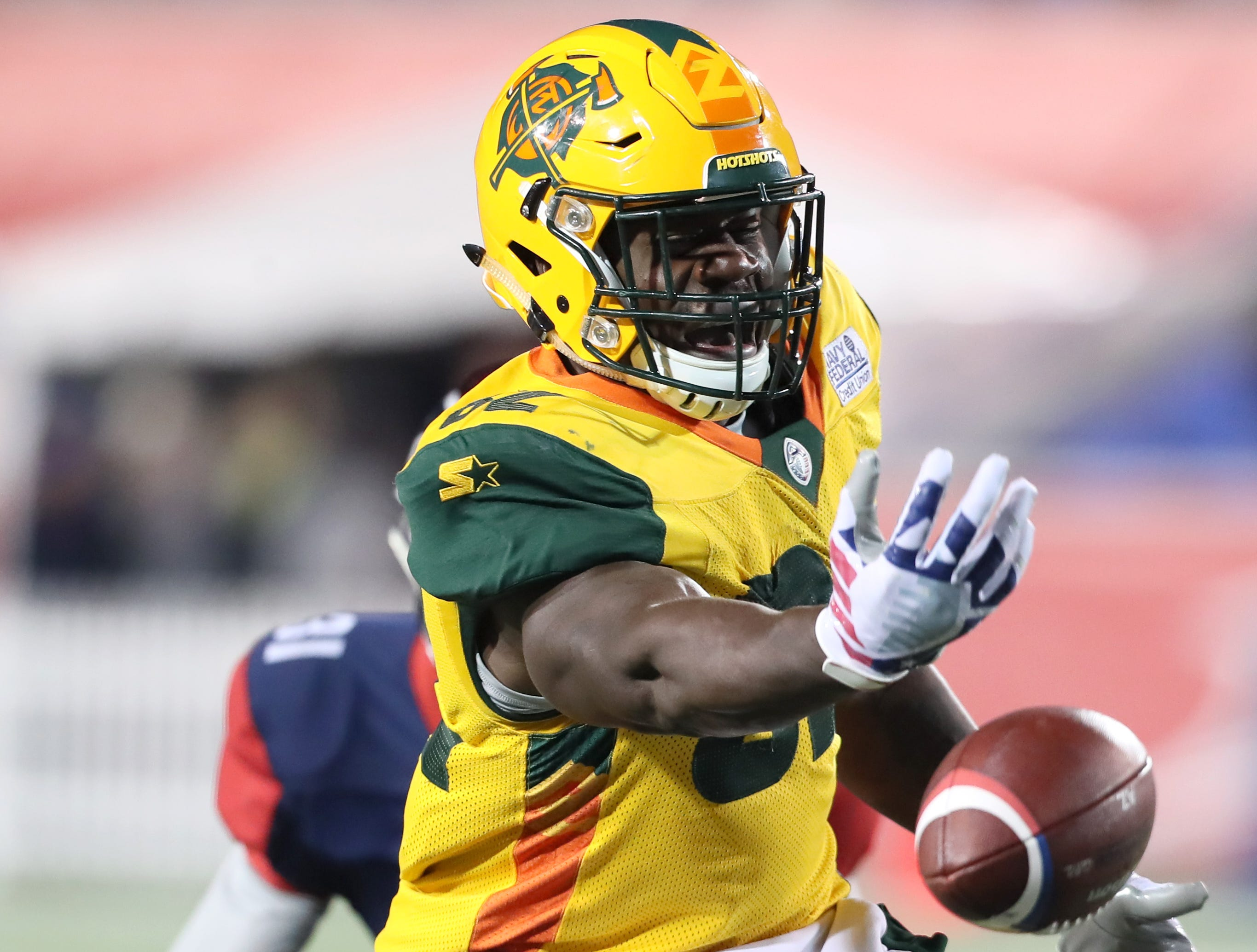 Arizona Hotshots tight end Gerald Christian drops a pass against the Memphis Express during their game at the Liberty Bowl on Saturday, Feb. 16, 2019.